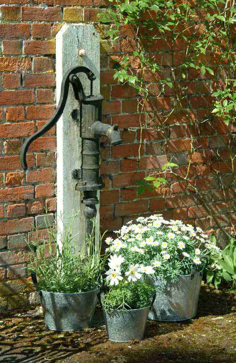 Décoration Jardin Pas Chère En 30 Objets De Style Shabby ... encequiconcerne Objets Decoration Jardin Exterieur