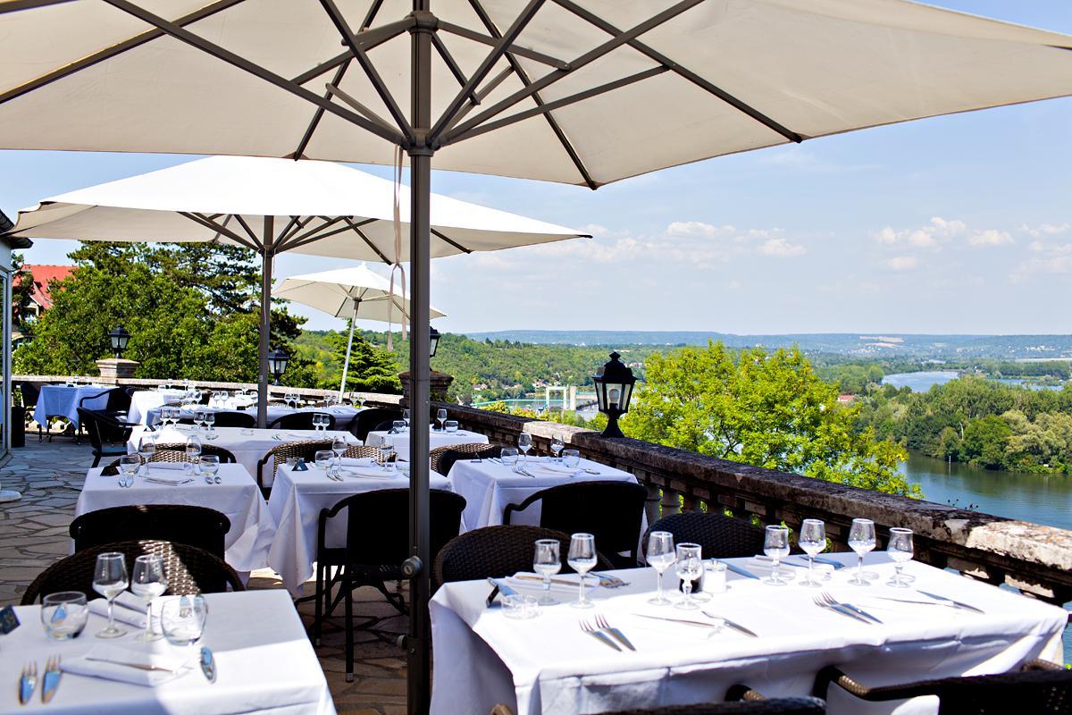 Dîner Romantique Au Domaine De La Corniche - Yvelines Tourisme pour Restaurant Avec Jardin 78