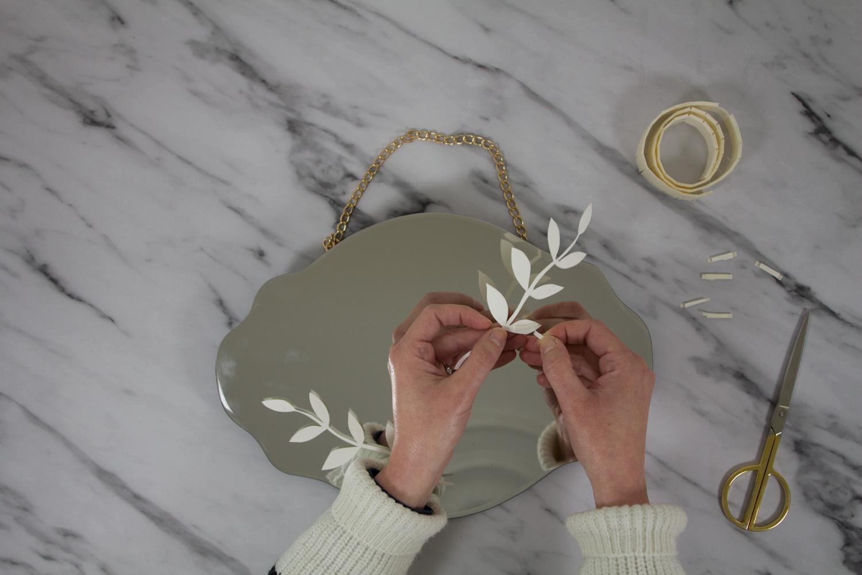 Diy Fleurs Séchées : Un Miroir Fleuri Avec Truffaut – Vert ... pour Salon De Jardin Truffaut