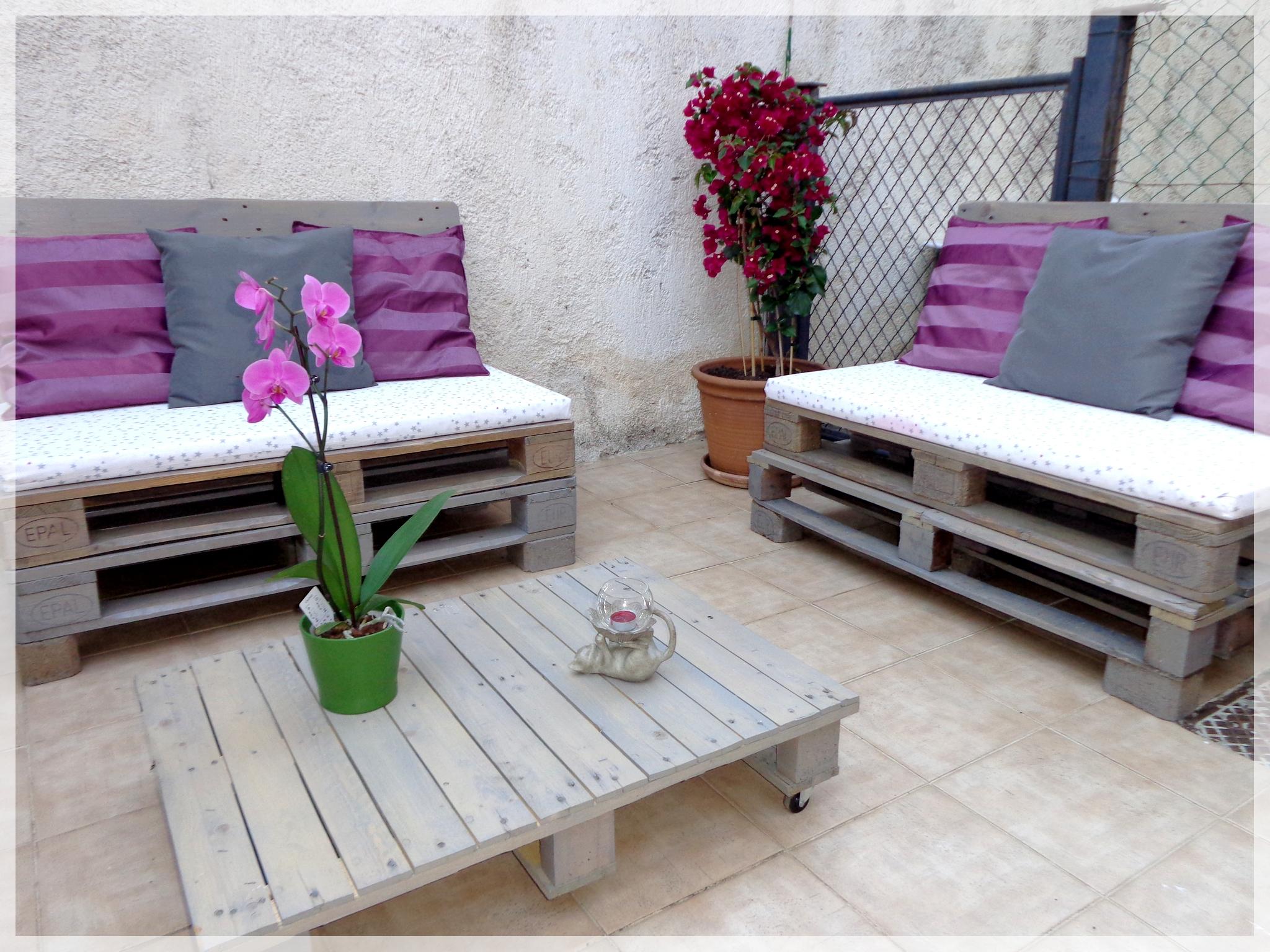 Diy - Salon De Jardin - La Patte De Notablueta destiné Canapé De Jardin En Palette