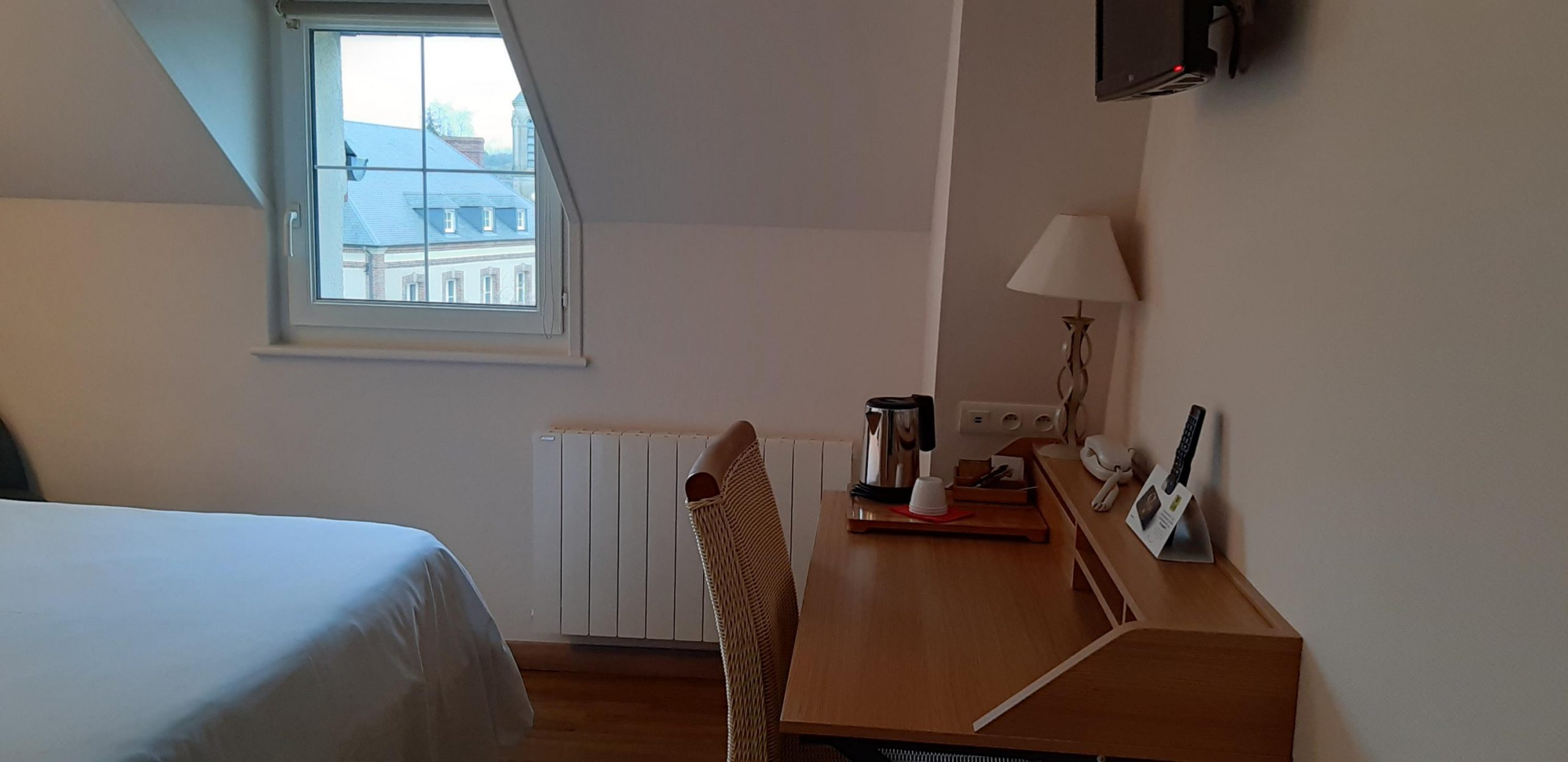 ∞ Alencon Hotel Restaurant Relais De L'abbaye - Logis 2 ... tout Lit De Jardin Double