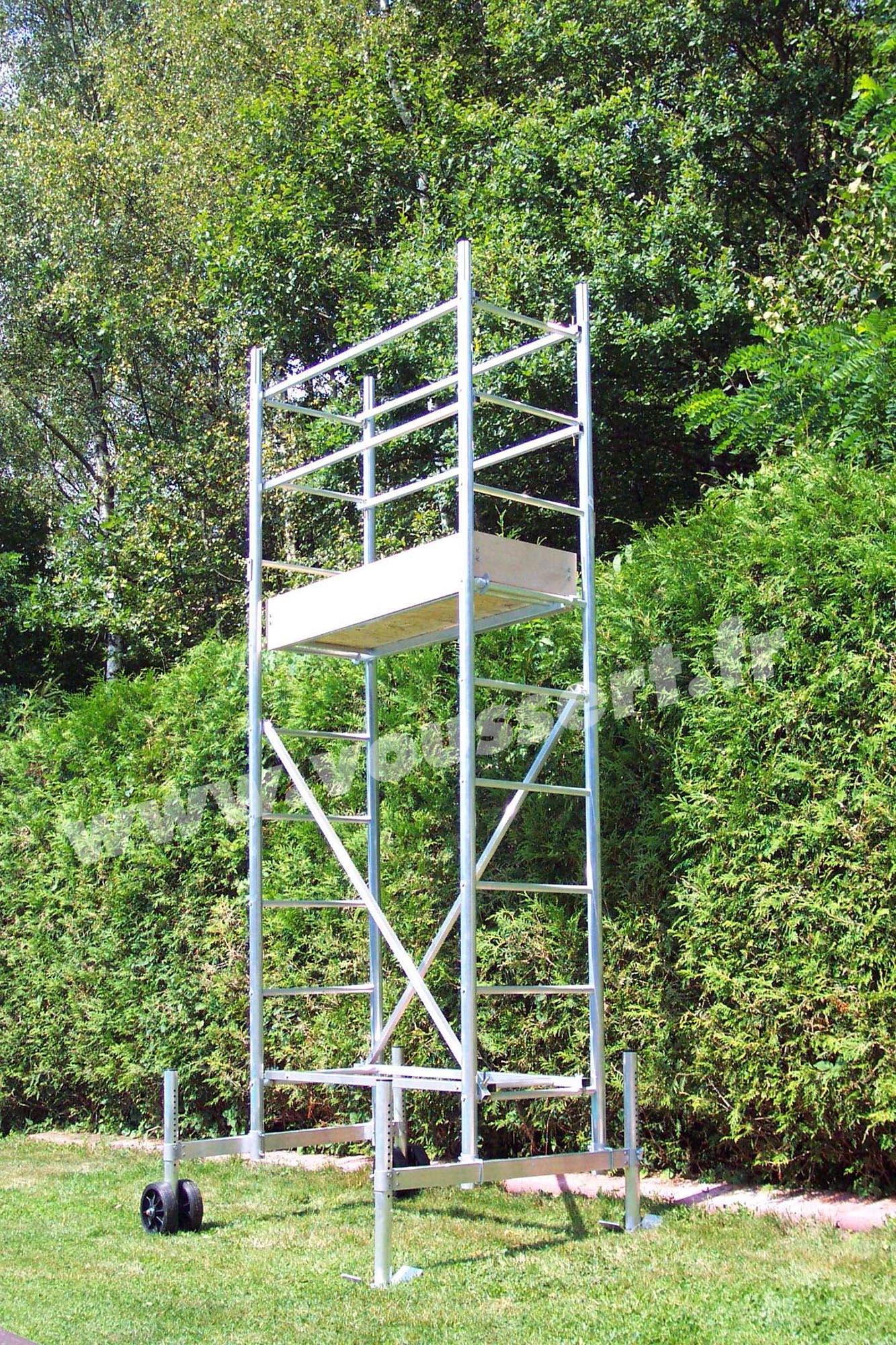 Echafaudage Roulant Aluminium Hauteur Travail 4,5 M Taille Haie encequiconcerne Echafaudage De Jardin