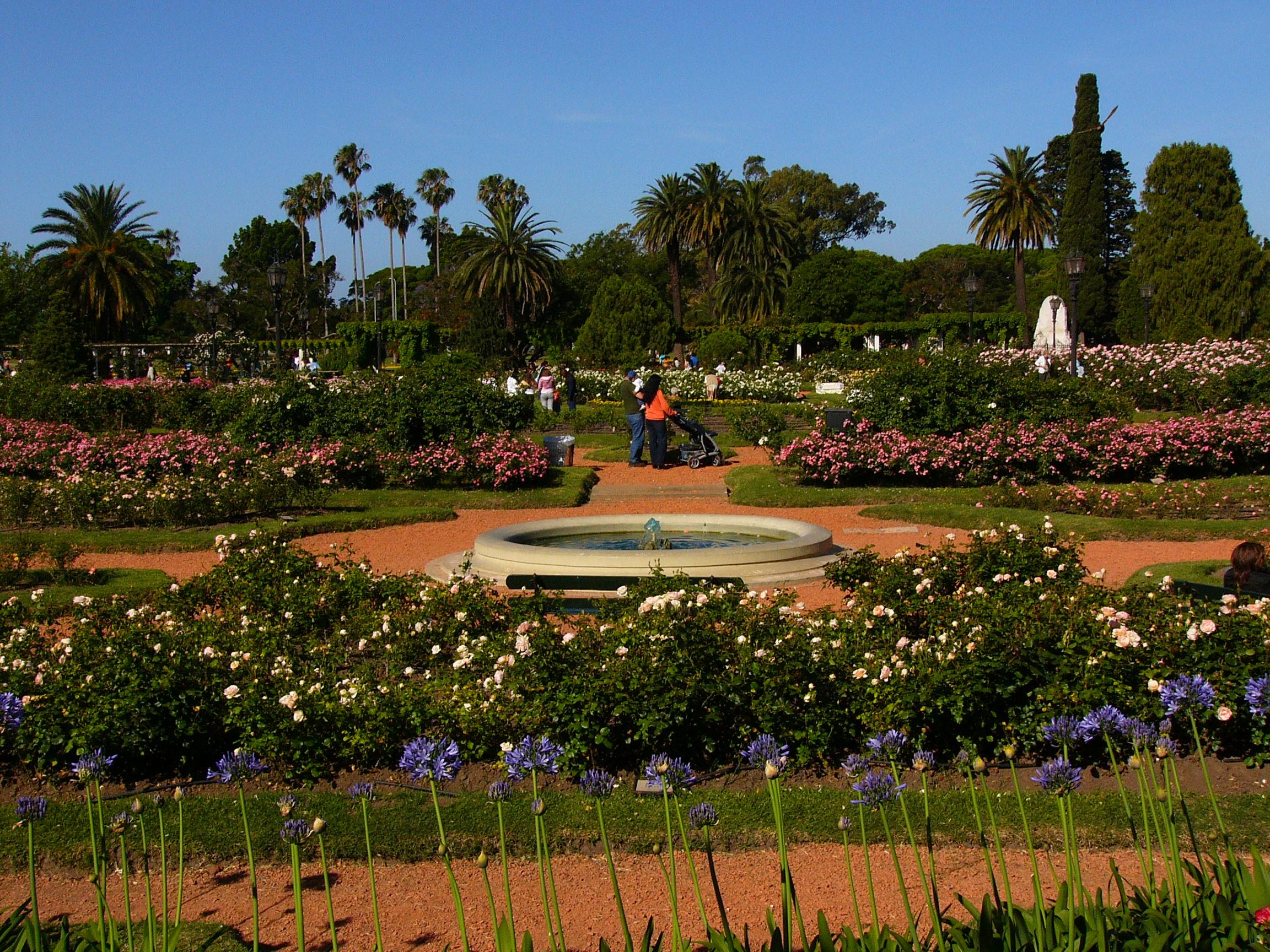 El Rosedal — Wikipédia destiné Statut De Jardin