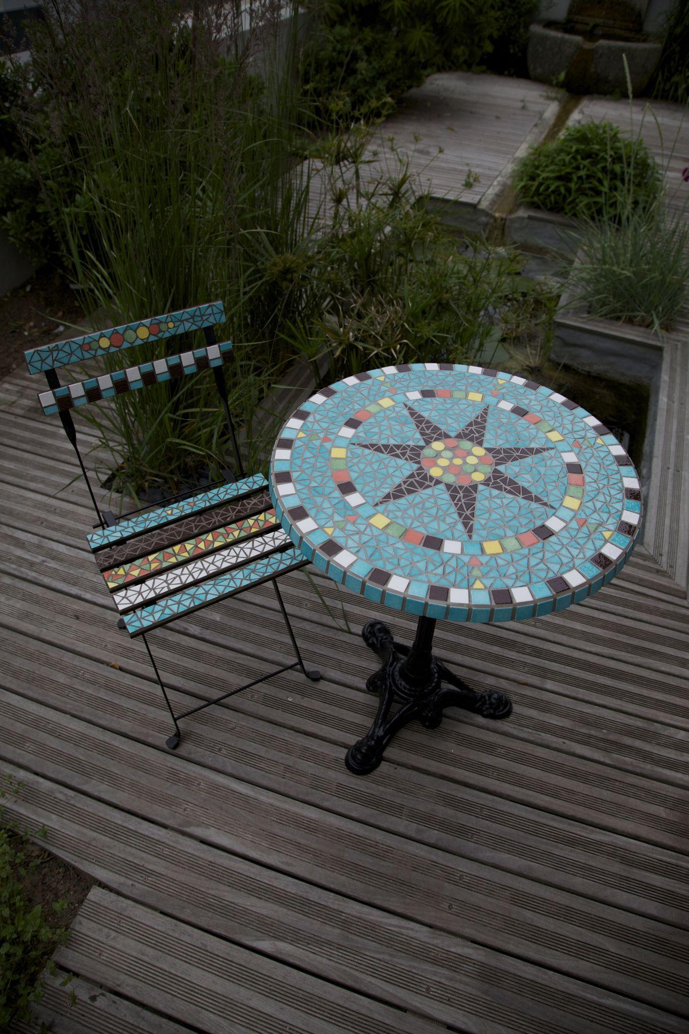 """Ensemble Table Et Chaises De Jardin En Mosaïque """" Turquoise ... encequiconcerne Table De Jardin En Mosaique"""