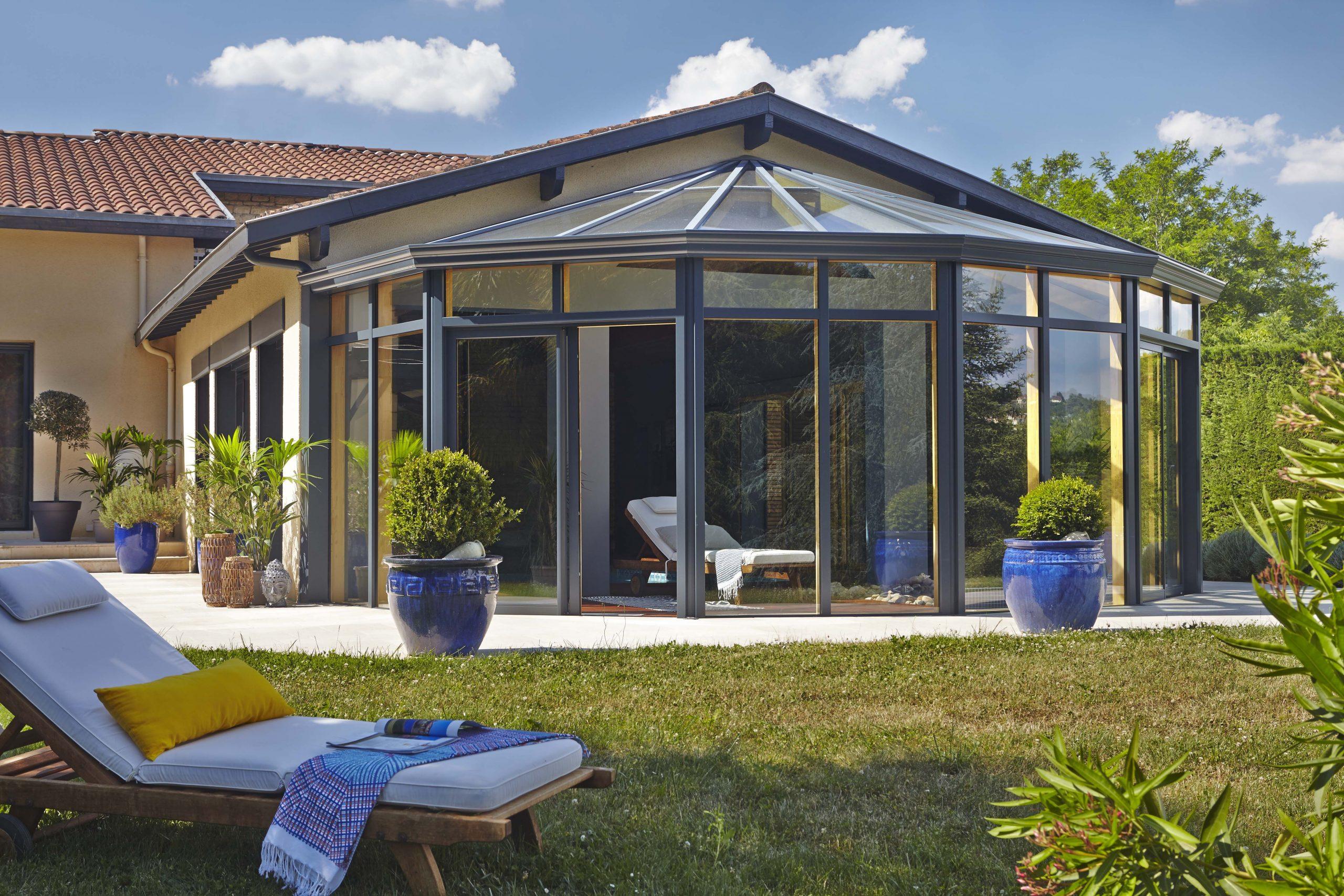 Épinglé Par Doussot Sur Veranda | Veranda, Abri Terrasse Et ... concernant Verriere Jardin