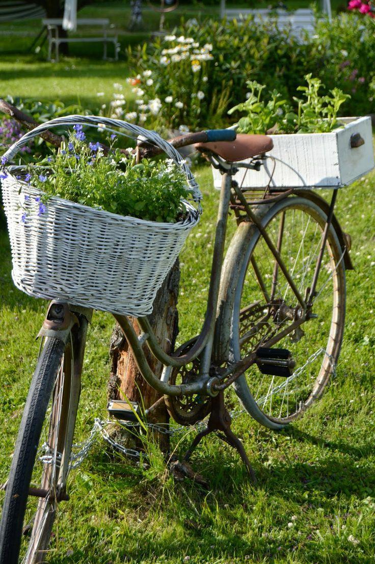 Épinglé Par Joly Sur Déco Jardin | Bicyclettes, Vieux Vélo ... intérieur Velo Deco Jardin