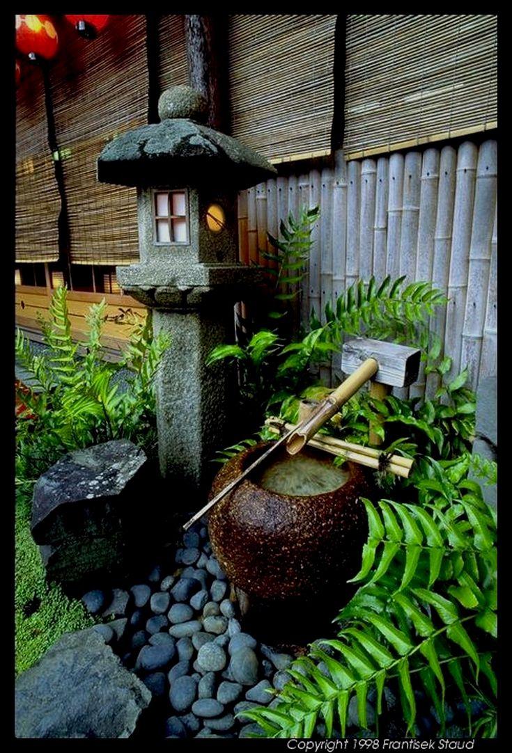 Épinglé Par Laurent Rondeau Sur Japon En 2020 | Design ... pour Jardin Japonais Sur Terrasse