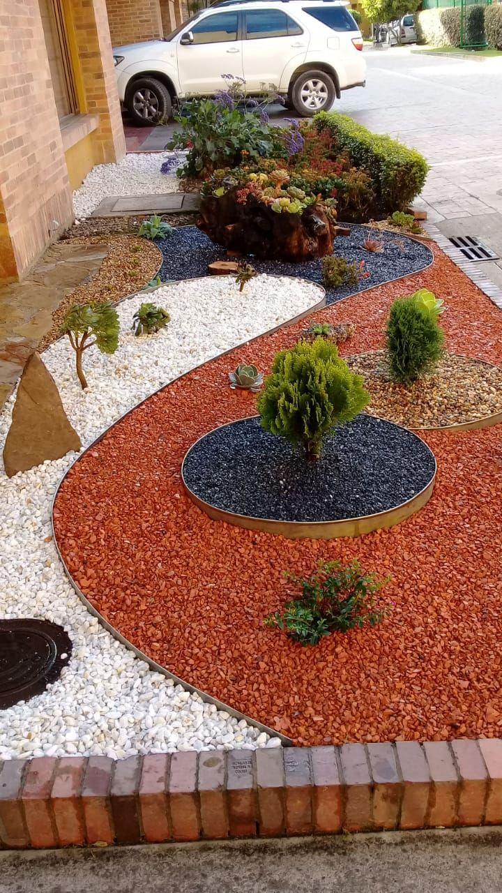 Épinglé Par Mus Sur Jardin   Decoration Jardin, Aménagement ... tout Cailloux Décoration Jardin