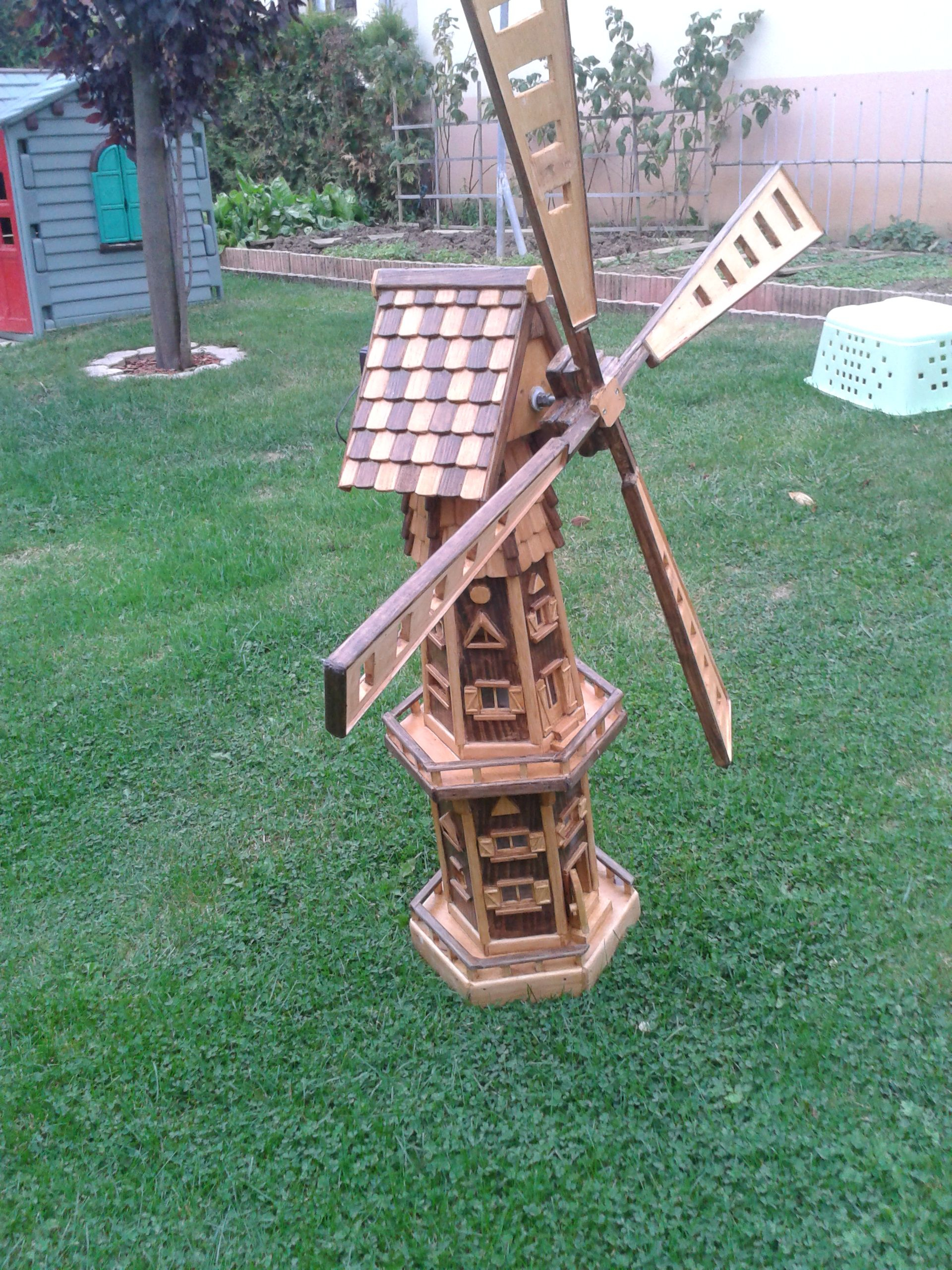 Épinglé Par Serge Lefondeur Sur Moulin A Vent De Jardin En ... concernant Construire Un Moulin A Vent De Jardin