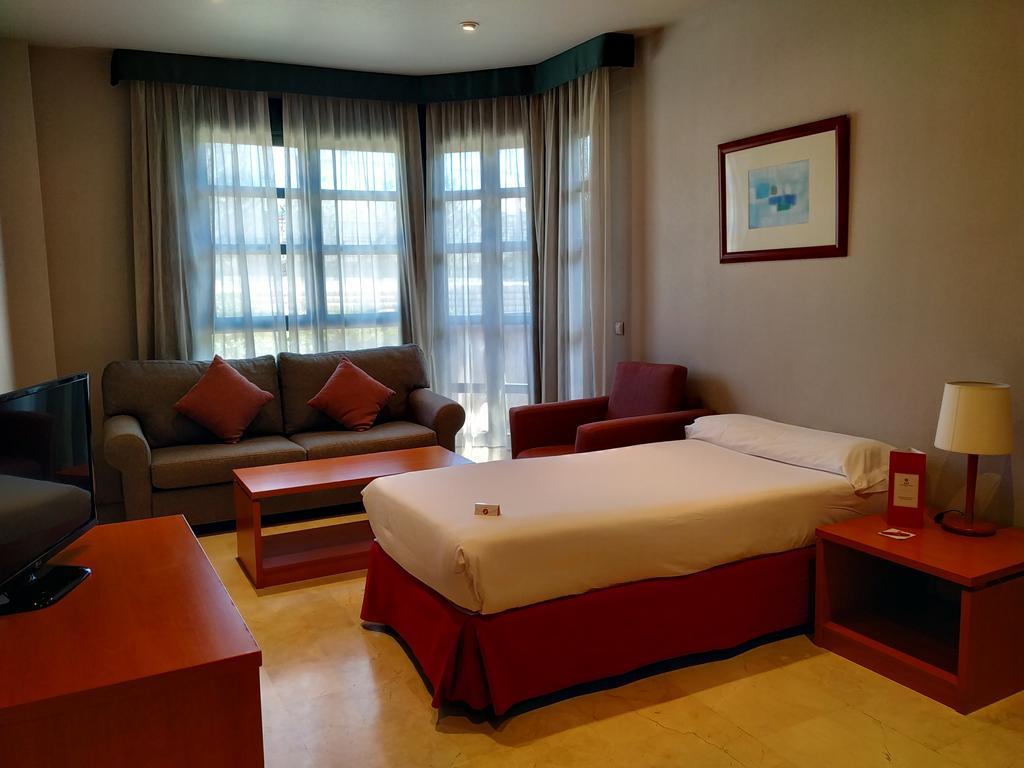 Exe Gran Hotel Almenar (İspanya Las Rozas De Madrid ... dedans Salon De Jardin Casino