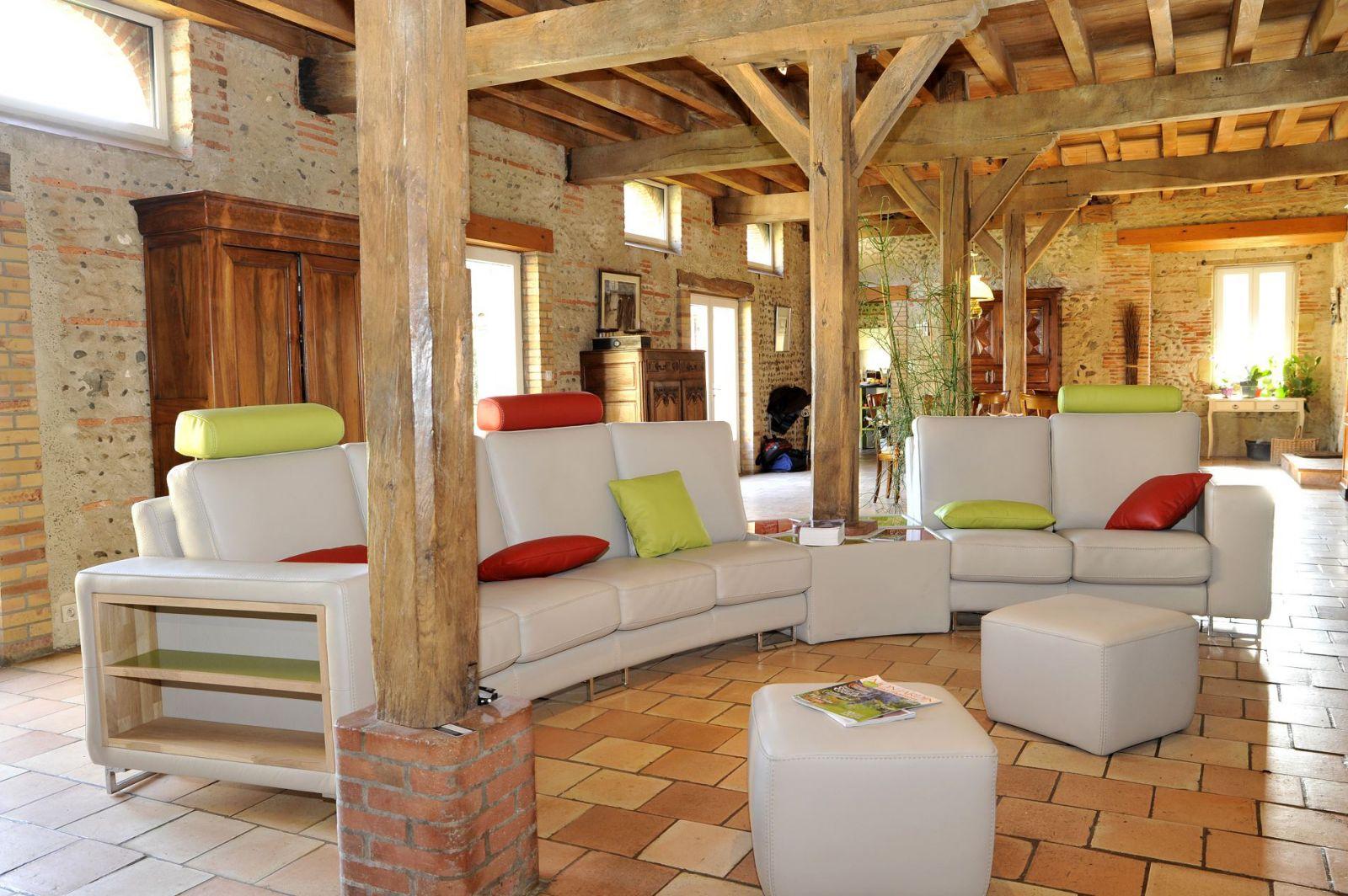 Fabricant De Canapé En Cuir Sur Mesure À Mont-De-Marsan encequiconcerne Soldes Salon De Jardin Leclerc