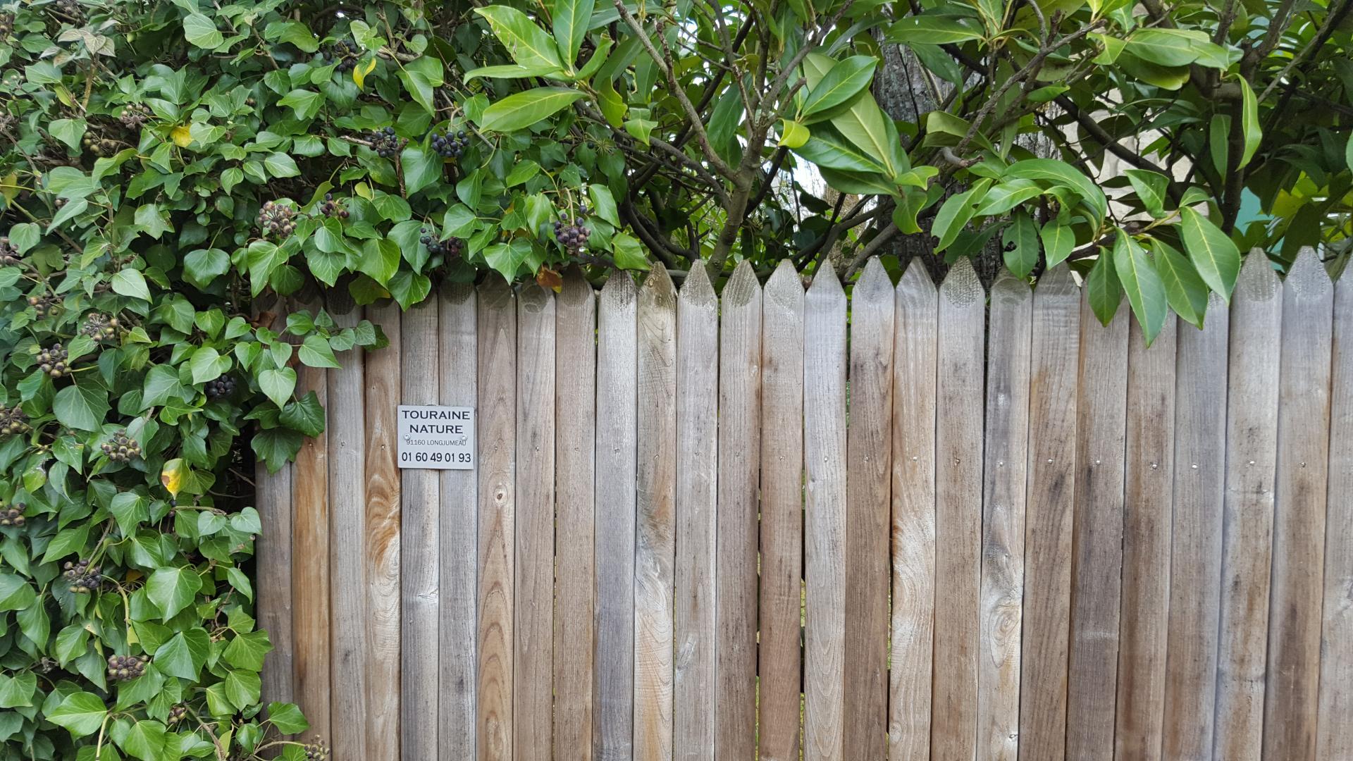 Fabricant De Clôtures En Châtaignier - Longjumeau, Tours ... dedans Cloture Jardin Chataignier
