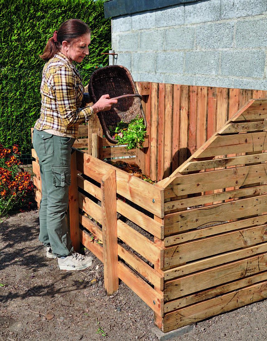 Fabriquer Un Composteur En Bois De Palette | Composteur De ... intérieur Composteur De Jardin