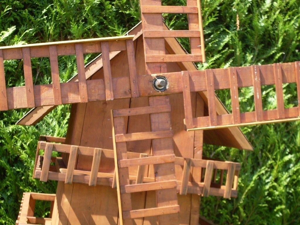 Fabriquer Un Moulin À Vent De Jardin   Garden Bridge ... serapportantà Moulin A Vent Jardin