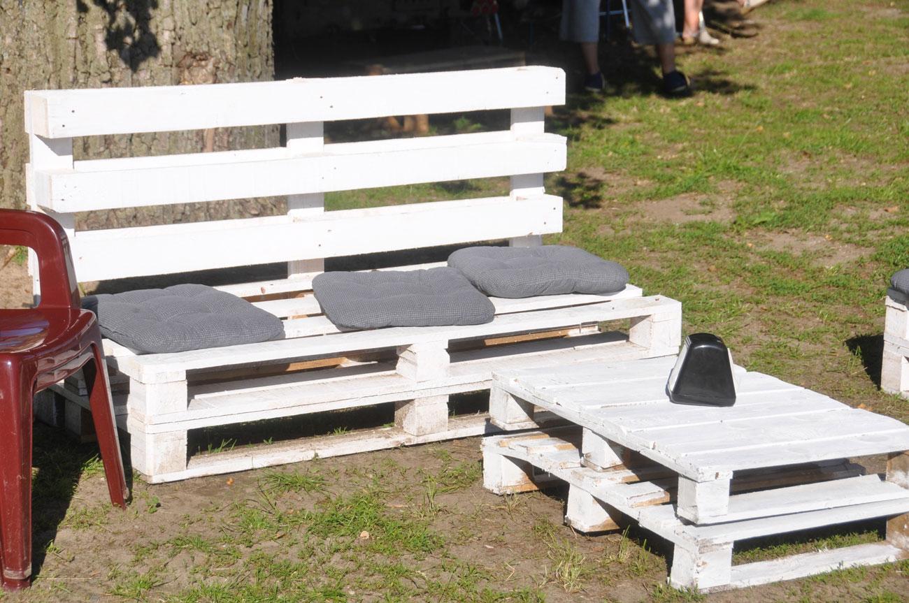 Fabriquer Un Salon De Jardin En Palettes - Le Club concernant Canapé De Jardin En Palette