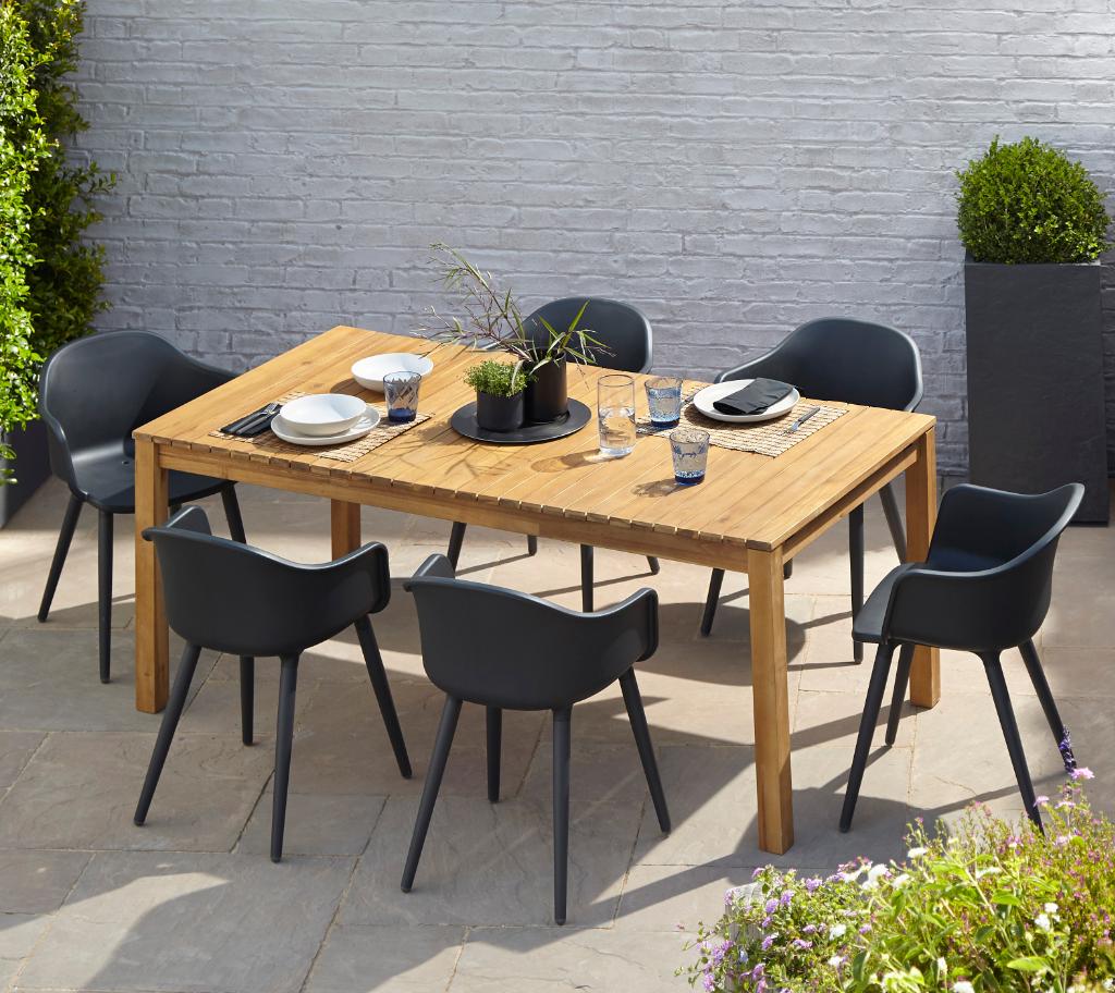 Fauteuil De Jardin Plastique Blooma Annecy Noir En 2020 ... intérieur Table Et Chaise De Jardin En Plastique