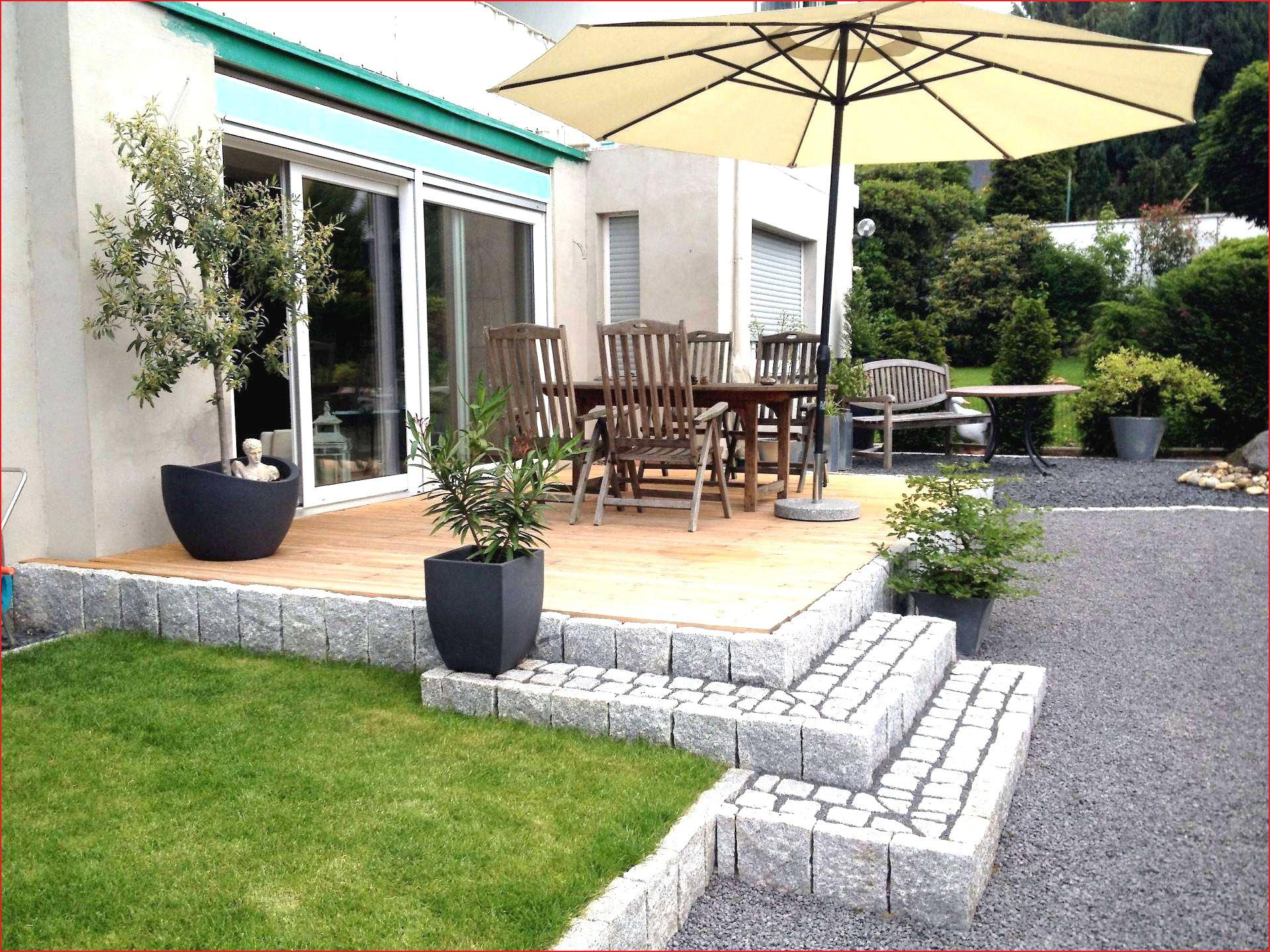 Fauteuil Terrasse Génial Ment Planifier Veranda Image De ... tout Salon De Jardin La Foir Fouille