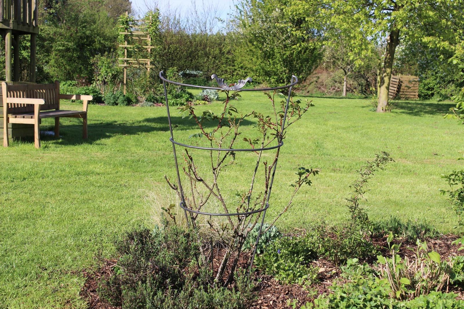 Fer Forgé Maison - Le Jardin De Bene dedans Arche De Jardin En Fer Forgé