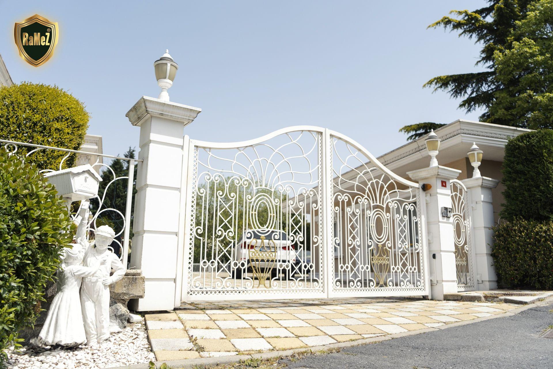 Ferforje Modellerimiz Wrought Iron Garden Gates, Ferforje ... concernant Balustrade De Jardin