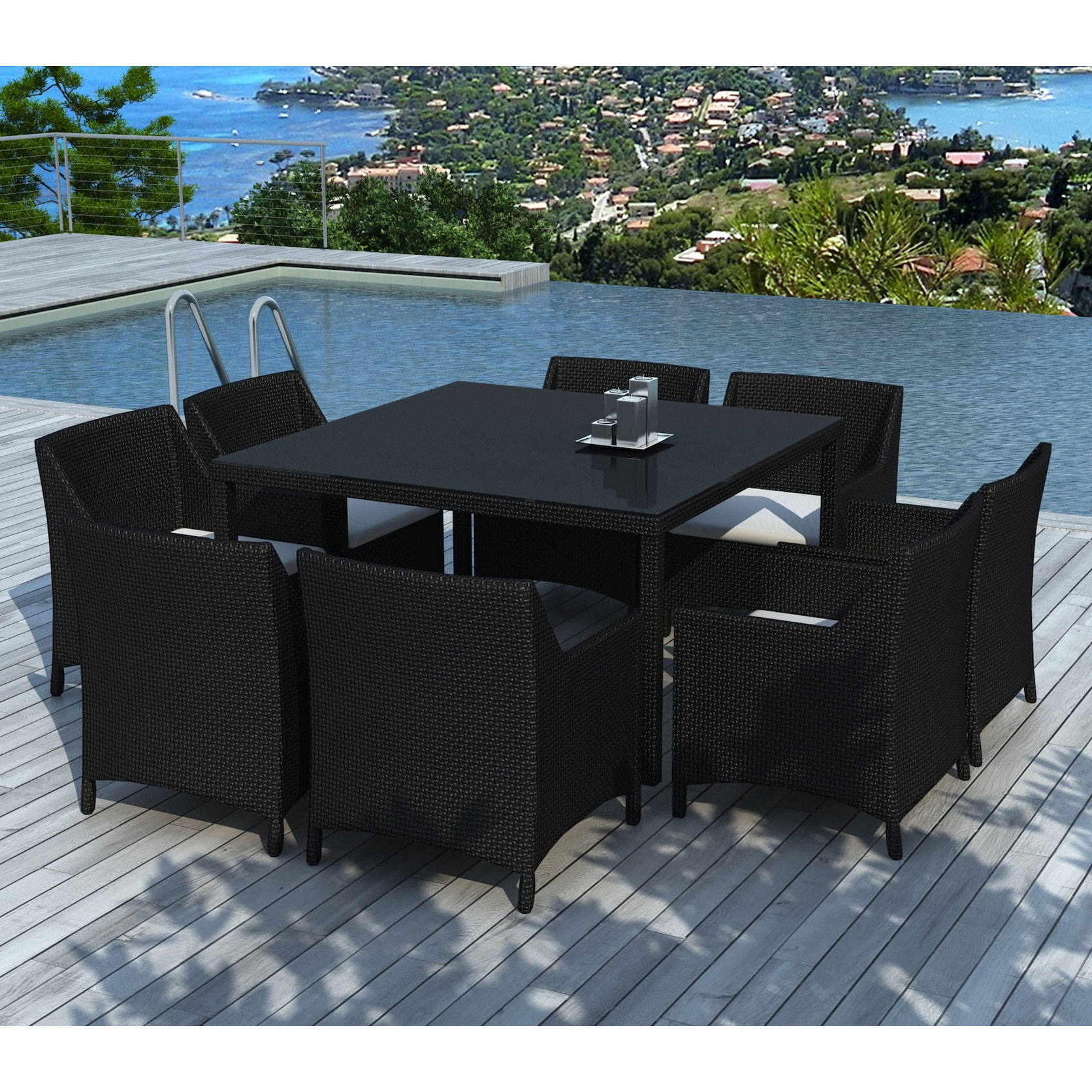 Fermette À Réhabiliter Intérieurement Divisée En 2 Petites Habitations  Communicantes avec Table De Jardin Carre