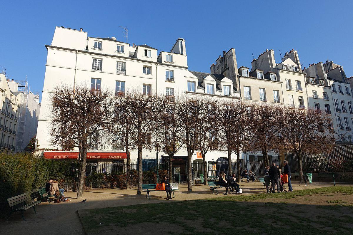Fichier:jardin De L'hôtel Salé - Léonor Fini @ Marais ... serapportantà Hotel Jardin Du Marais Paris