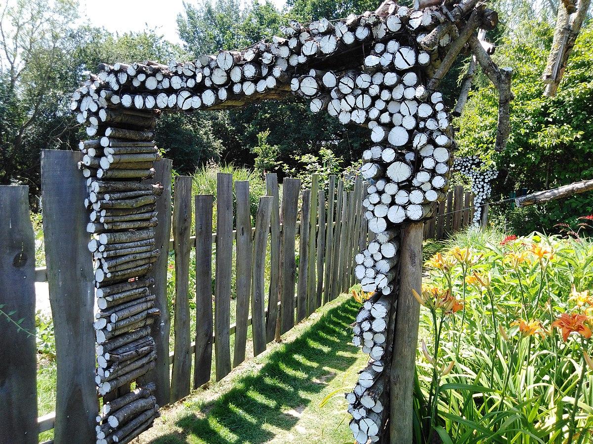Fichier:jardins Rocambole, Corps-Nuds, France, 7-2019, Arche ... tout Arche Pour Jardin