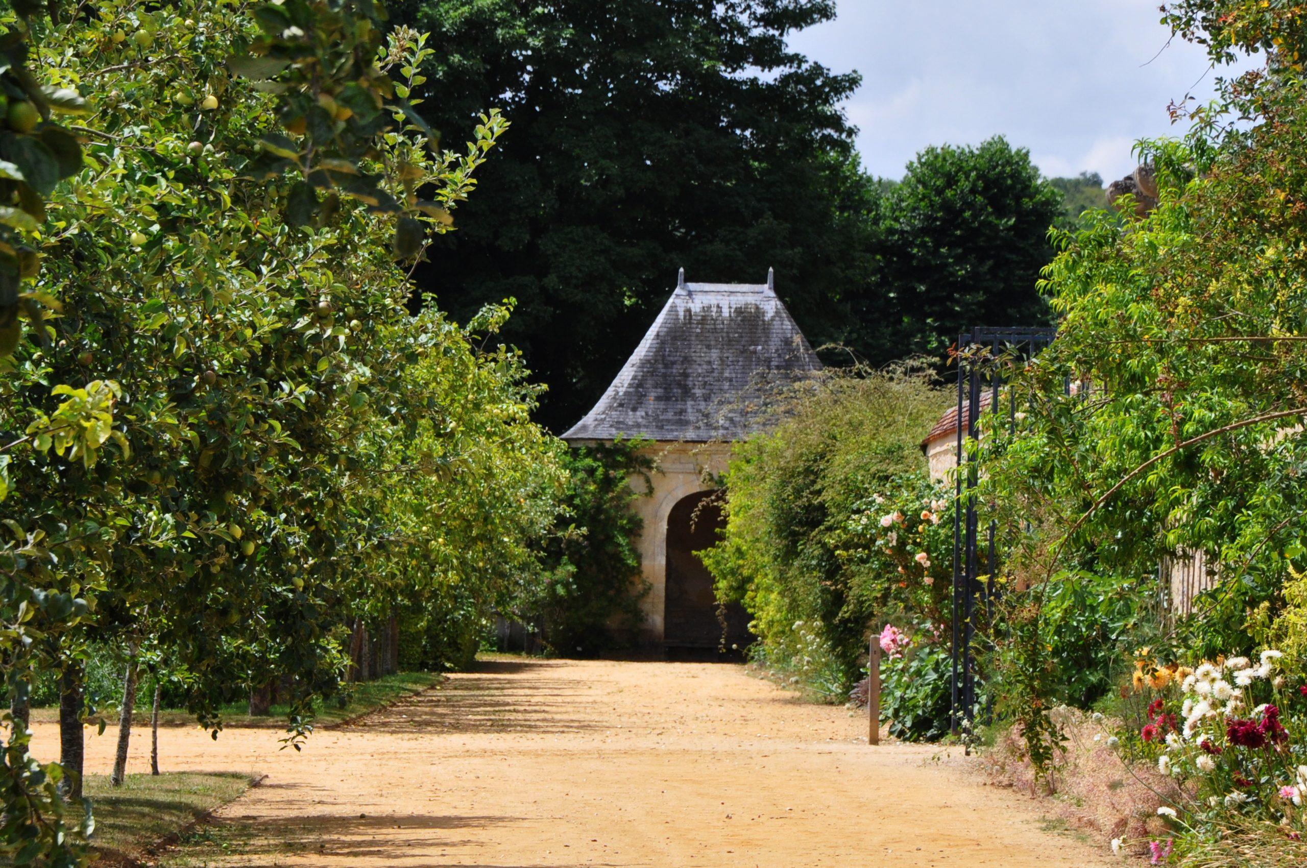 File:abri De Jardin, La Roche-Guyon (France).jpg - Wikimedia ... dedans Abri De Jardin Original