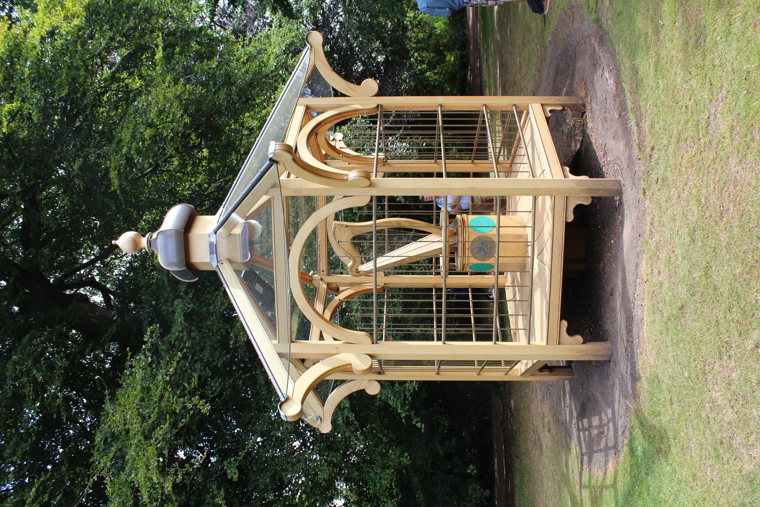 File:pavillon Harpe Éolienne Jardin Botanique Royal ... tout Eolienne De Jardin