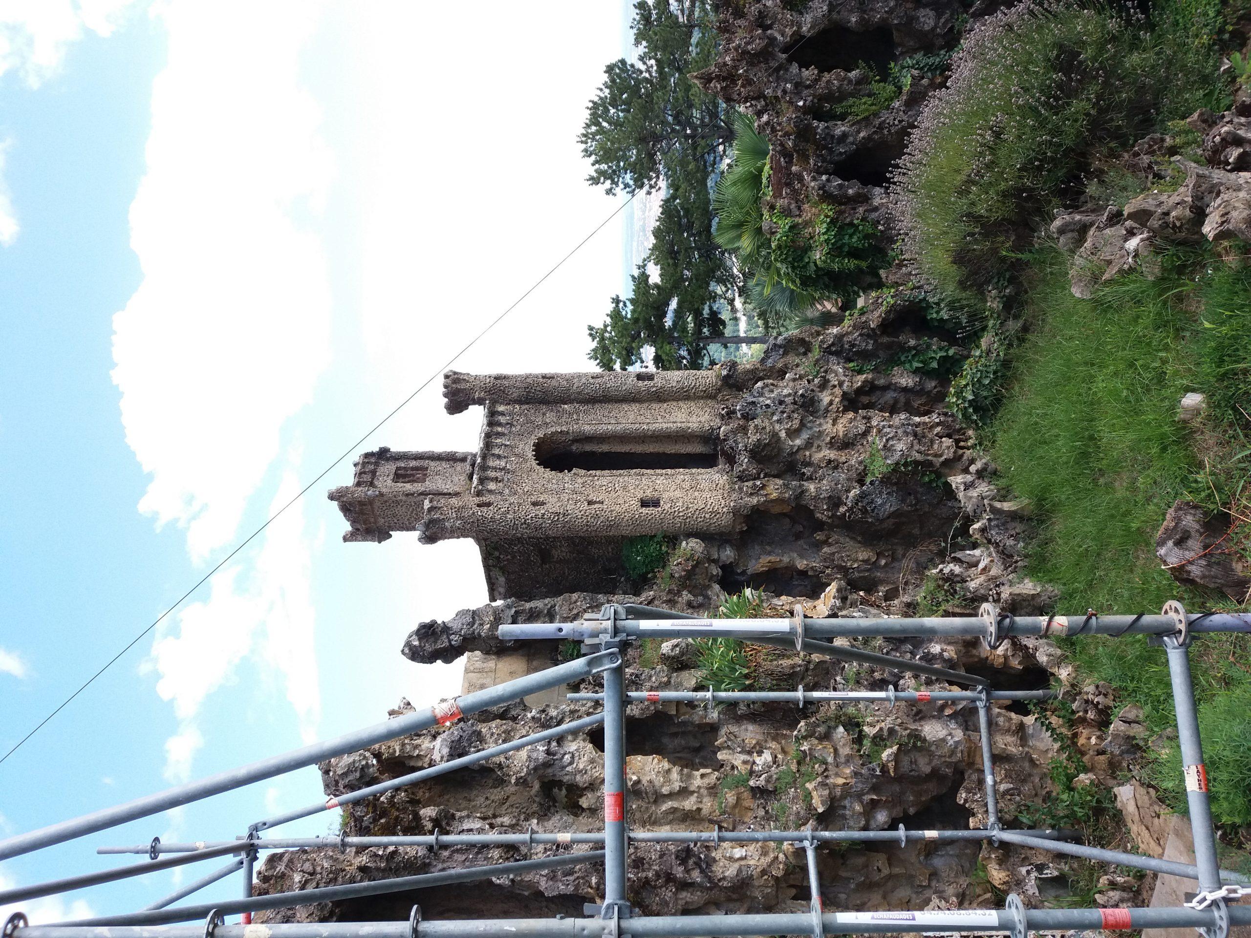 File:saint-Cyr-Au-Mont-D'or - Ermitage Du Mont Cindre ... intérieur Echafaudage De Jardin