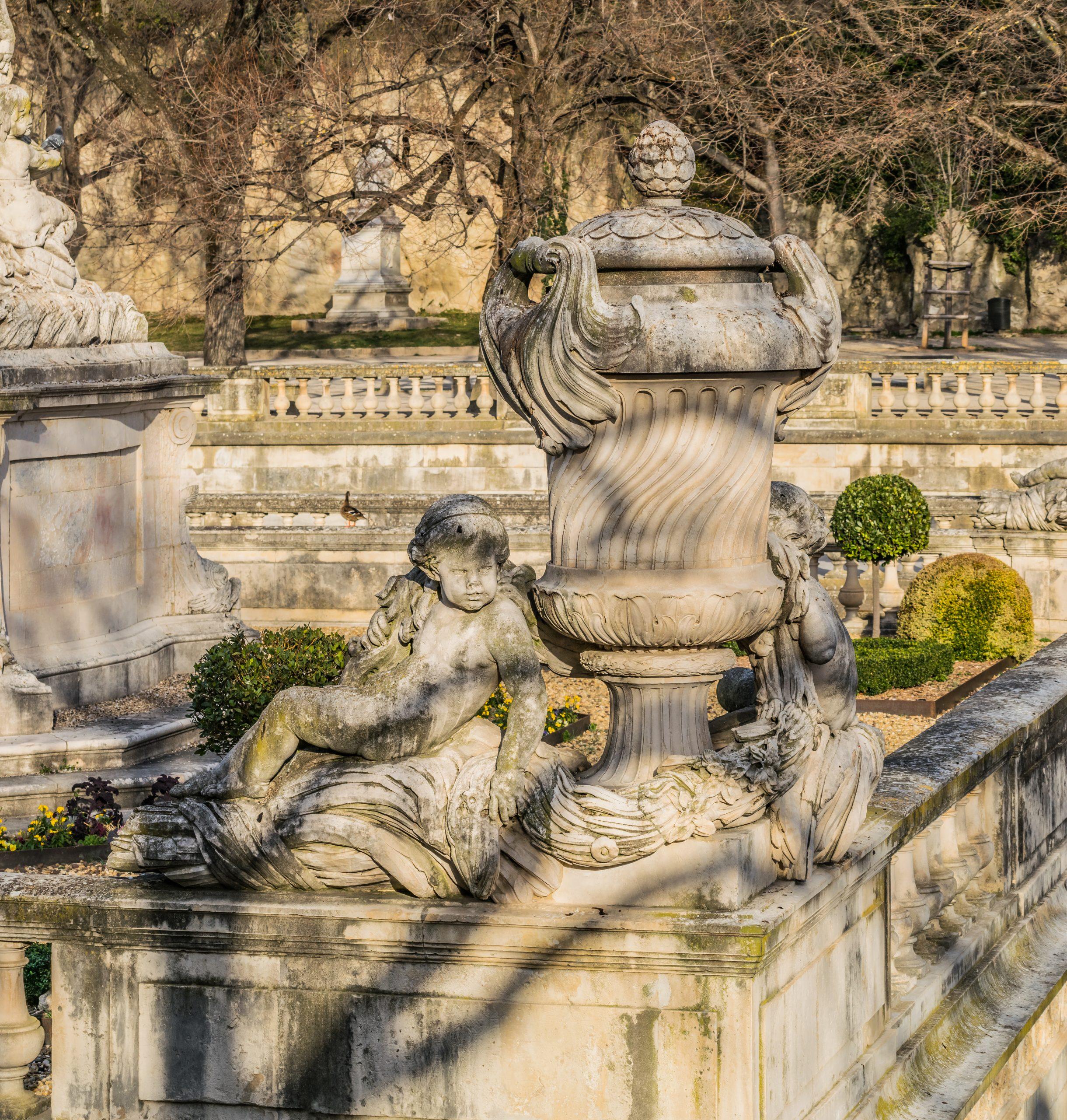 File:statue In Jardins De La Fontaine In Nimes 18.jpg ... avec Statue Fontaine De Jardin