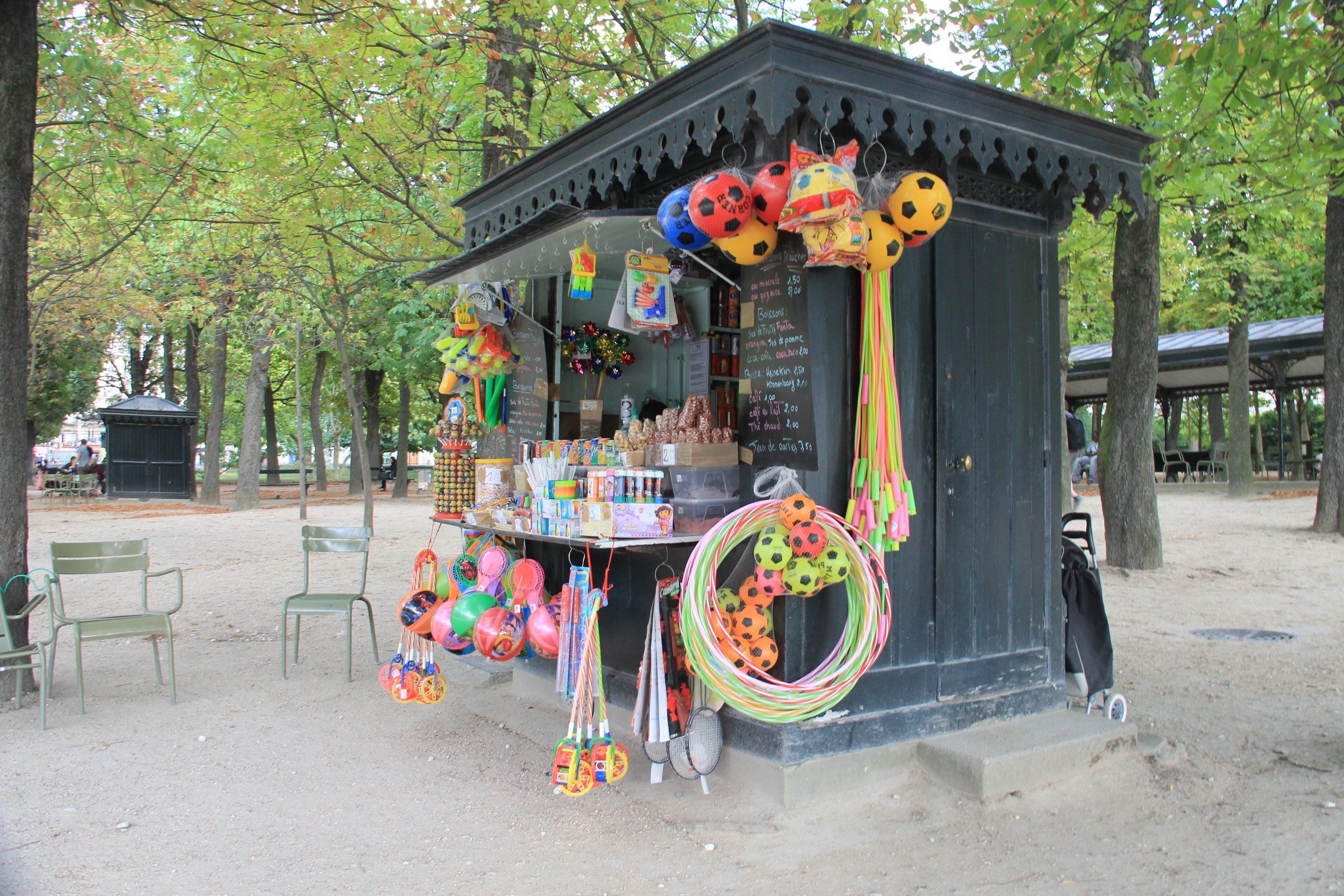 File:toy Shop, Jardin Du Luxembourg, Paris July 2015.jpg ... à Decoration Minerale Jardin