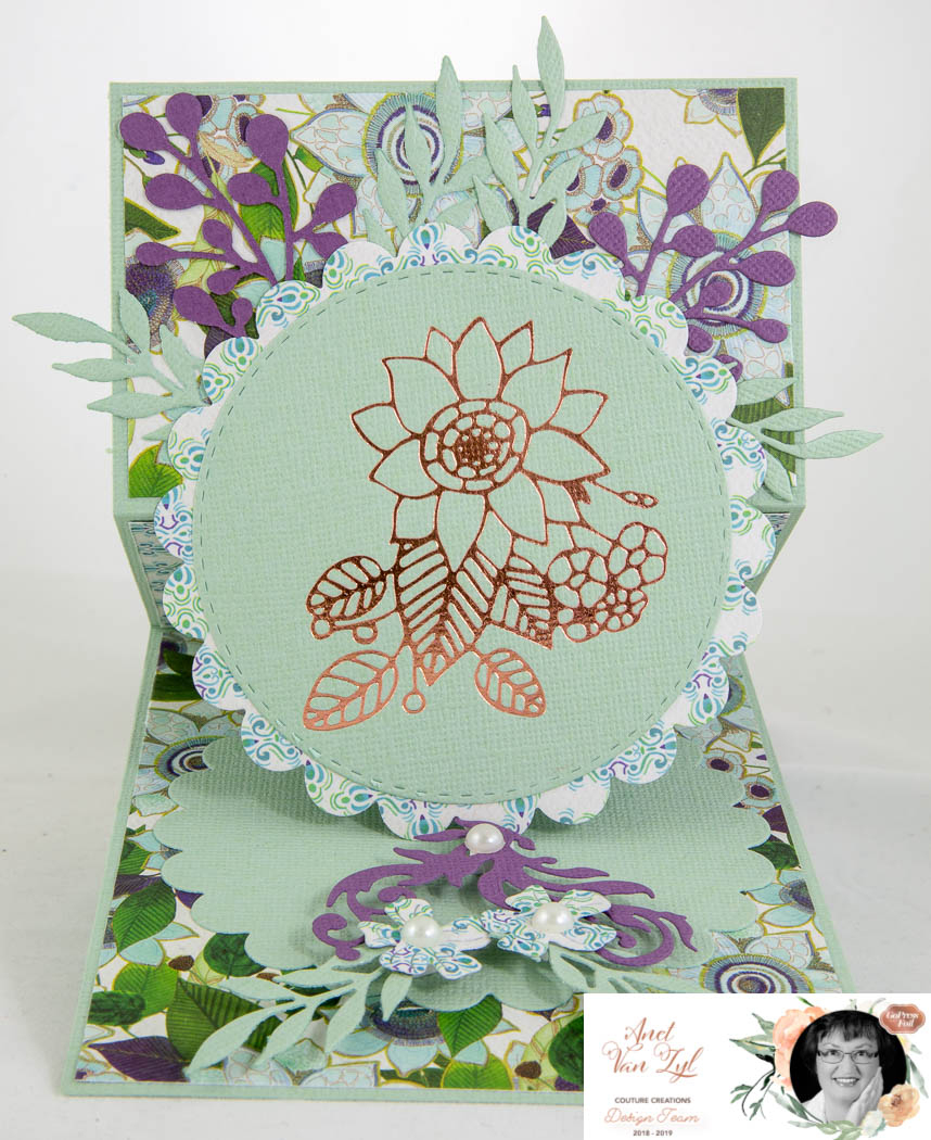 Foiled Easel Card With Anet | Couture Creations concernant Creation Petit Jardin
