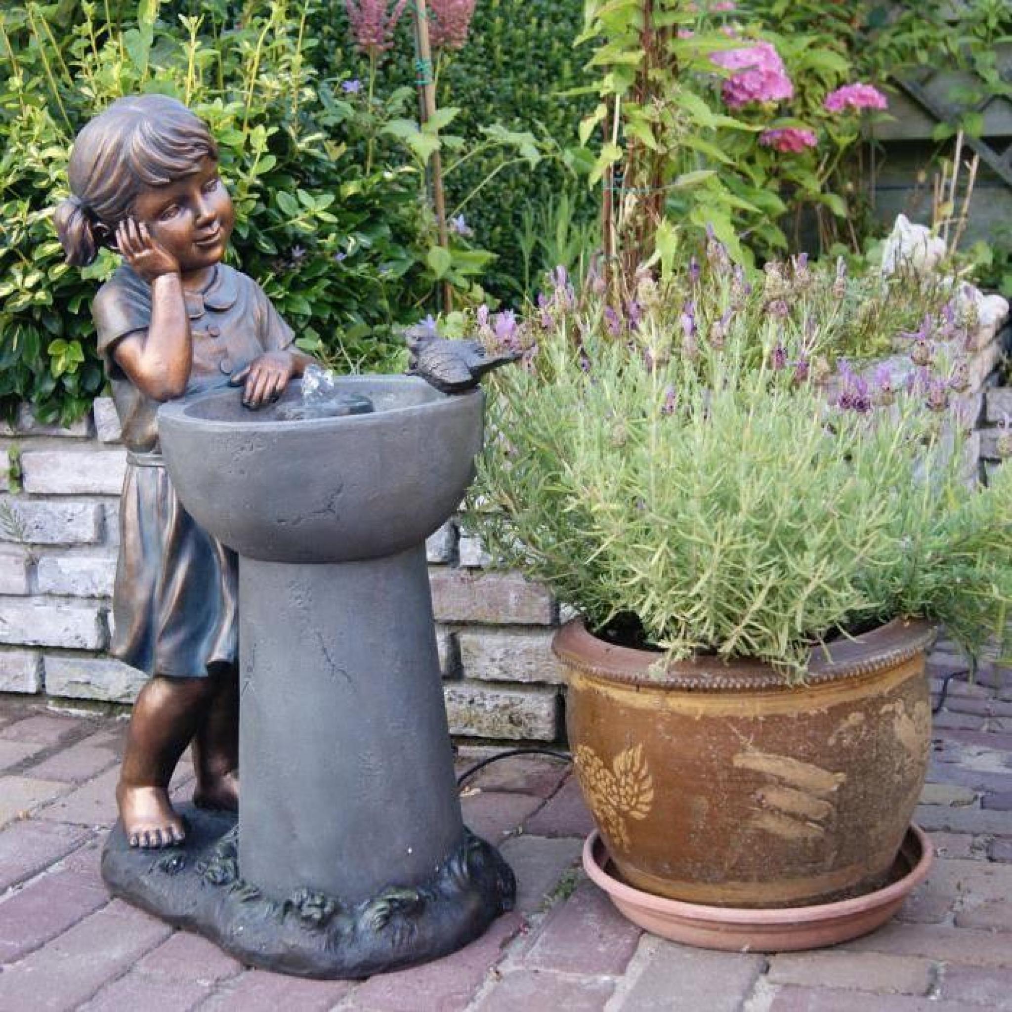 Fontaine De Jardin Petite Fille Avec Pompe Detroit- encequiconcerne Petite Fontaine De Jardin Pas Cher