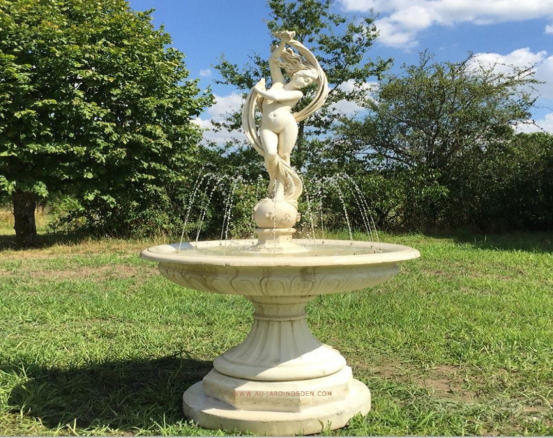 Fontaine En Pierre Reconstituee Femme Ruban Aux Jets D'eau-A à Fontaine De Jardin En Pierre Reconstituée