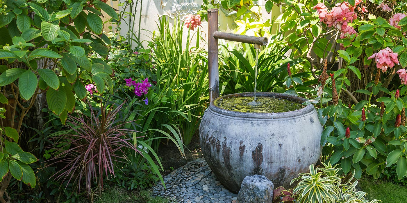 Fontaines De Jardin Et D'extérieur, Comment La Choisir ? destiné Fontaine Solaire Exterieur Jardin