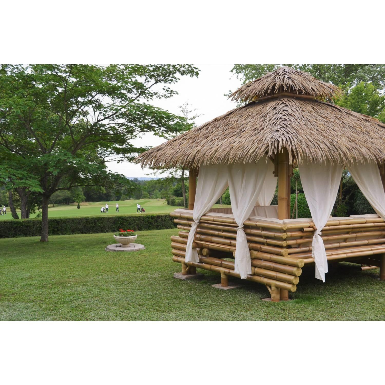 Gazebo Bambou Ou Paillote Bambou, Salon De Jardin, Pergola ... dedans Paillote De Jardin