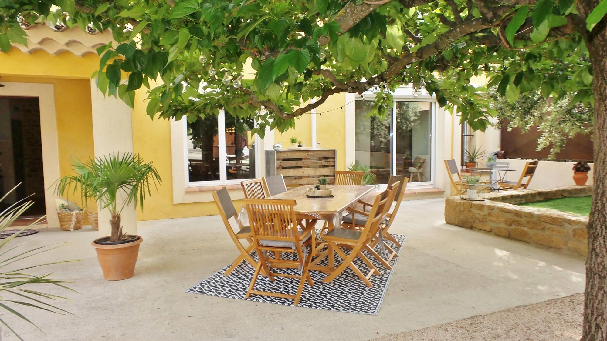 Gîte À Louer Pour L'été Grignan 26230 - Christine Miranda concernant Maison Avec Jardin A Louer