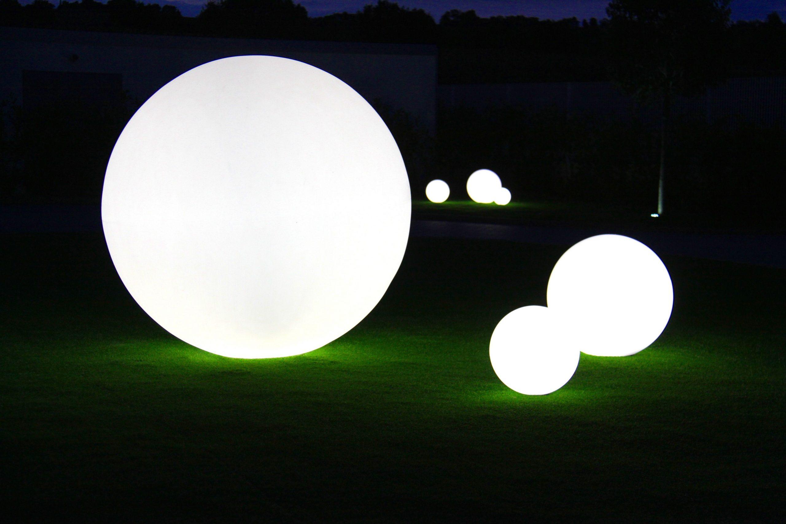 Globo Design Slide Studio #sphere # Lumineux | Plancha ... à Sphere Lumineuse Jardin