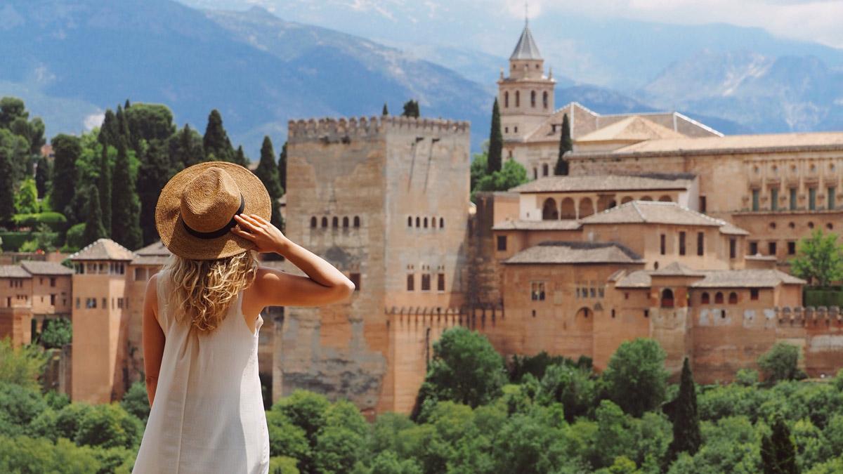 Granada'da Gezilecek Yerler | Biz Evde Yokuz destiné Sculpture Moderne Pour Jardin