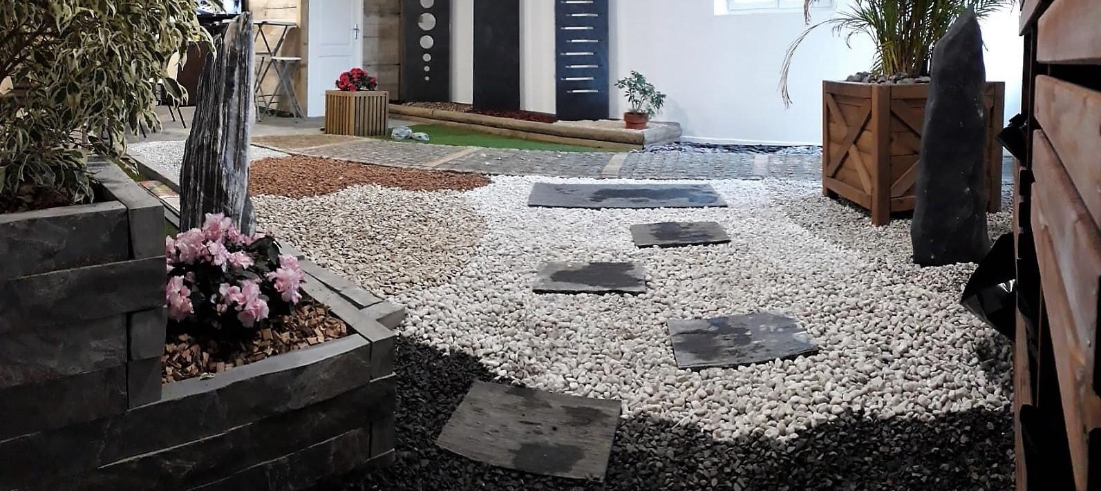 Gravier, Galet Et Paillage En Vrac Et Big Bag -Boran ... pour Cailloux Décoration Jardin