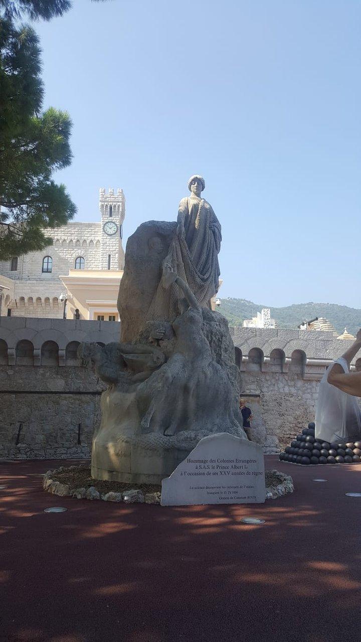 Hommage Des Colonies Etrangeres Statue (Monaco-Ville) - 2020 ... pour Statues De Jardin Occasion