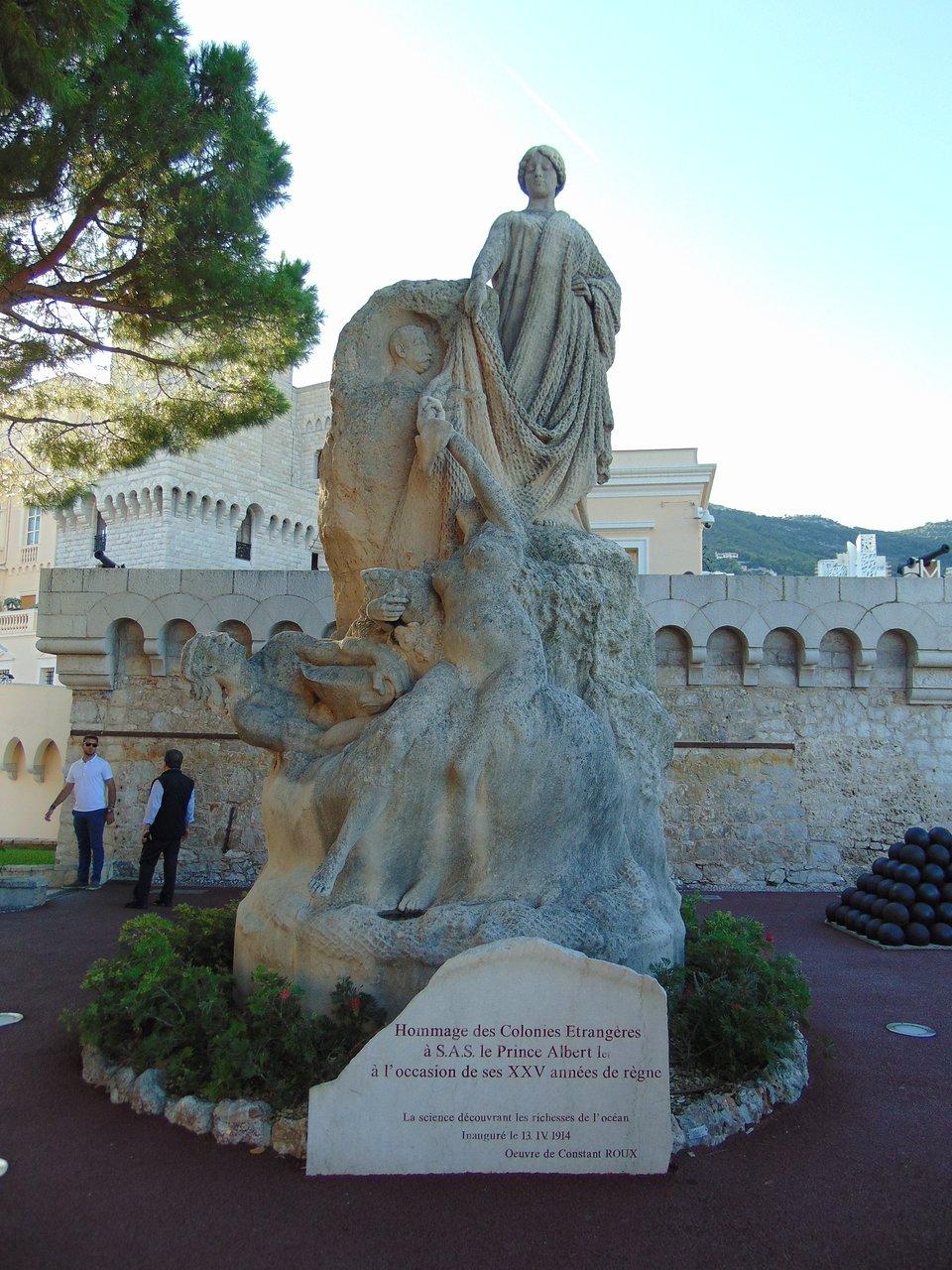 Hommage Des Colonies Etrangeres Statue (Monaco-Ville) - 2020 ... serapportantà Statues De Jardin Occasion