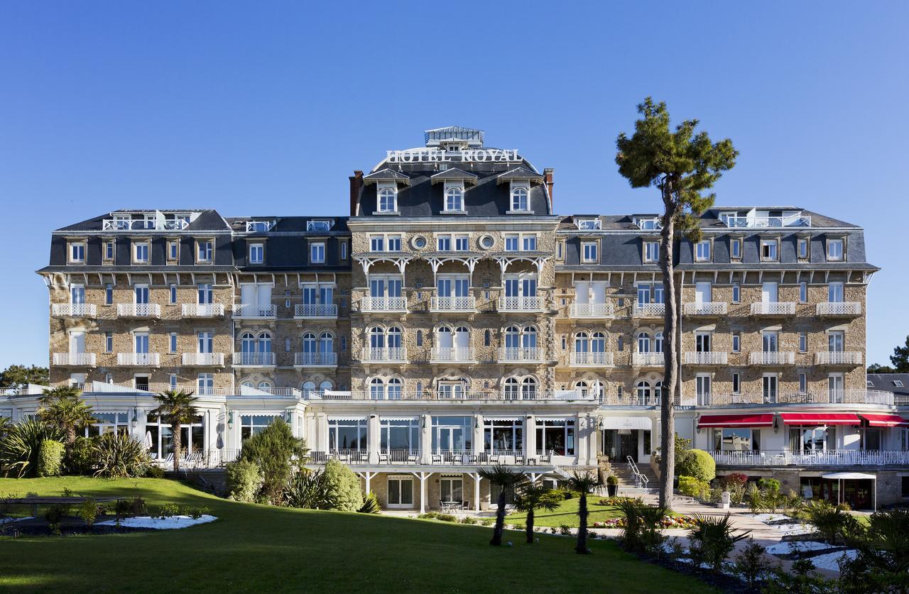 Hôtel Barrière Le Royal La Baule, La Baule – Tarifs 2020 pour Petite Barriere Jardin