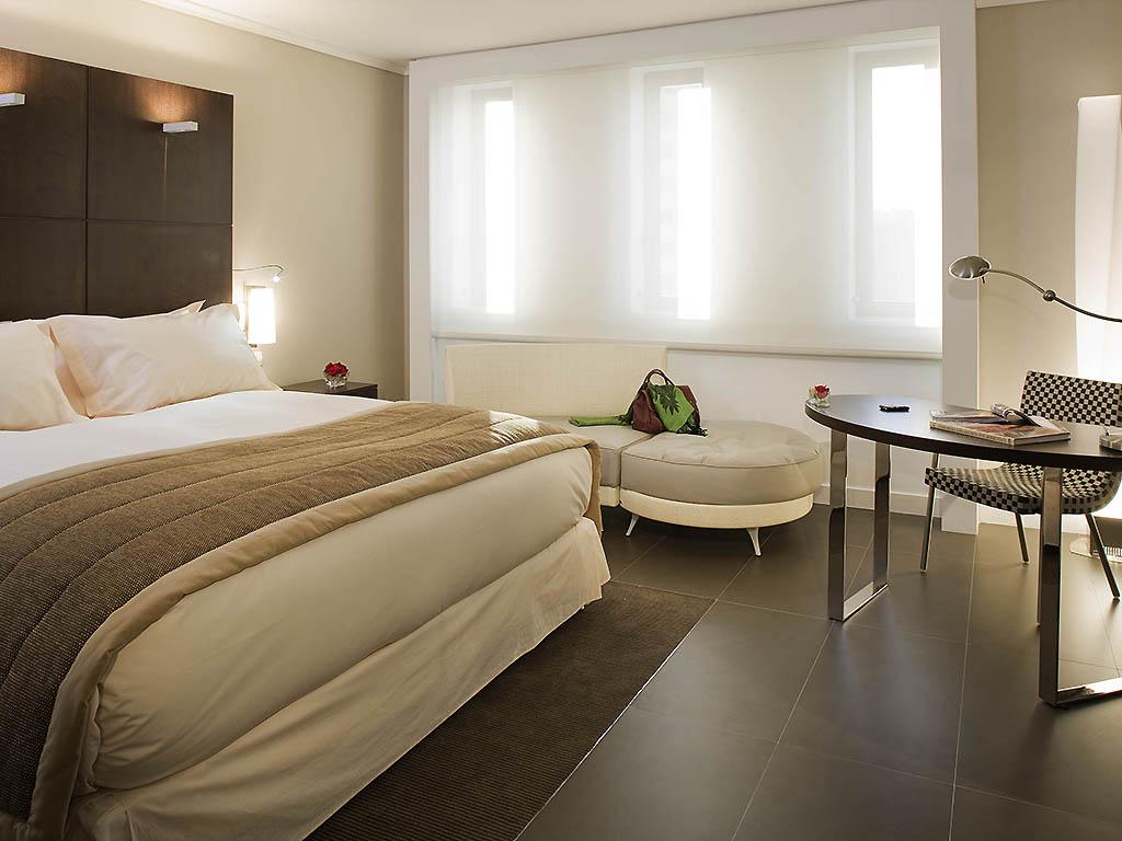 Hotel In Alger - Sofitel Algiers Hamma Garden - All concernant Salon De Jardin À Prix Discount