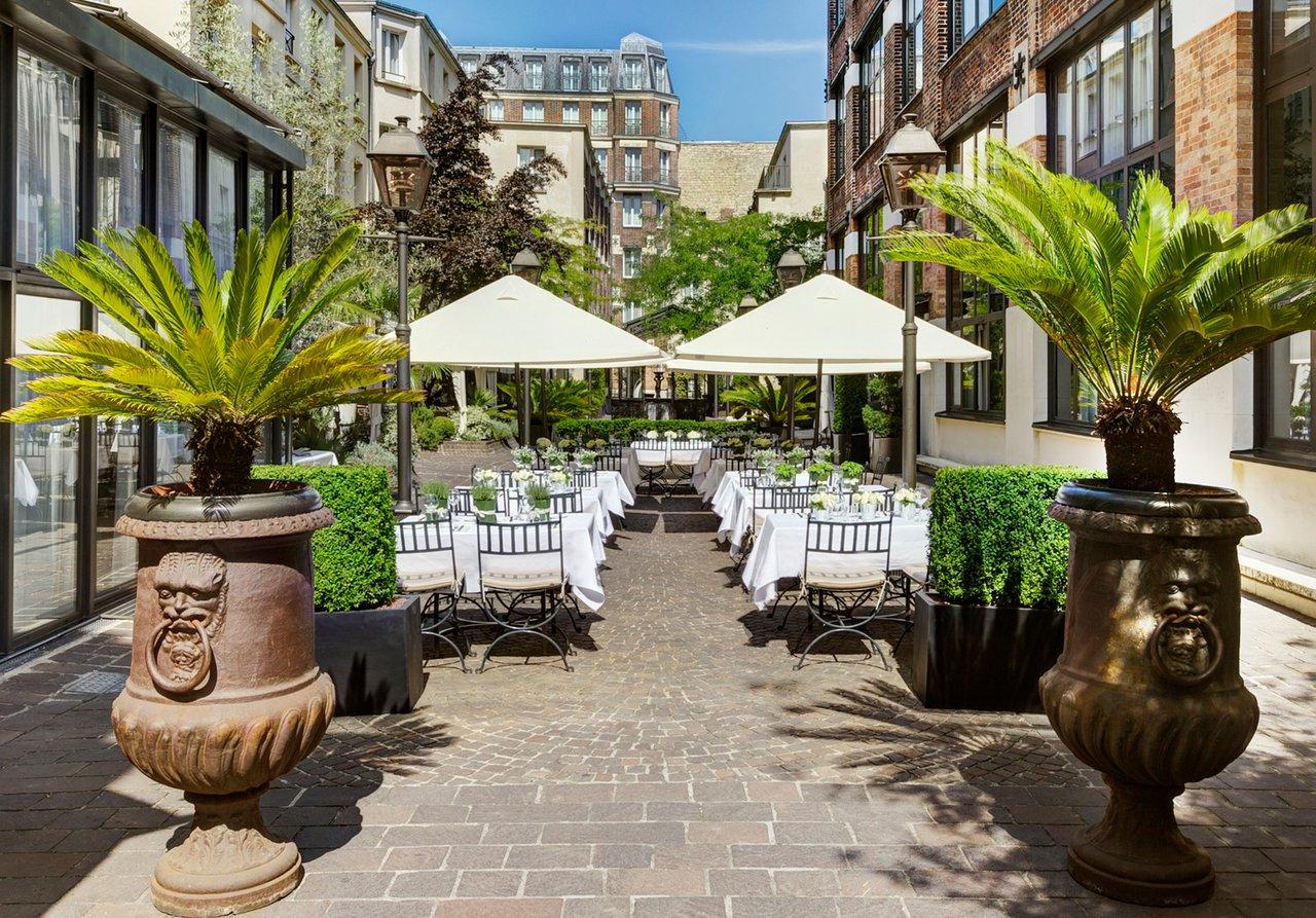 Hotel Les Jardins Du Marais - Updated 2020 Prices, Reviews ... à Super U Table De Jardin