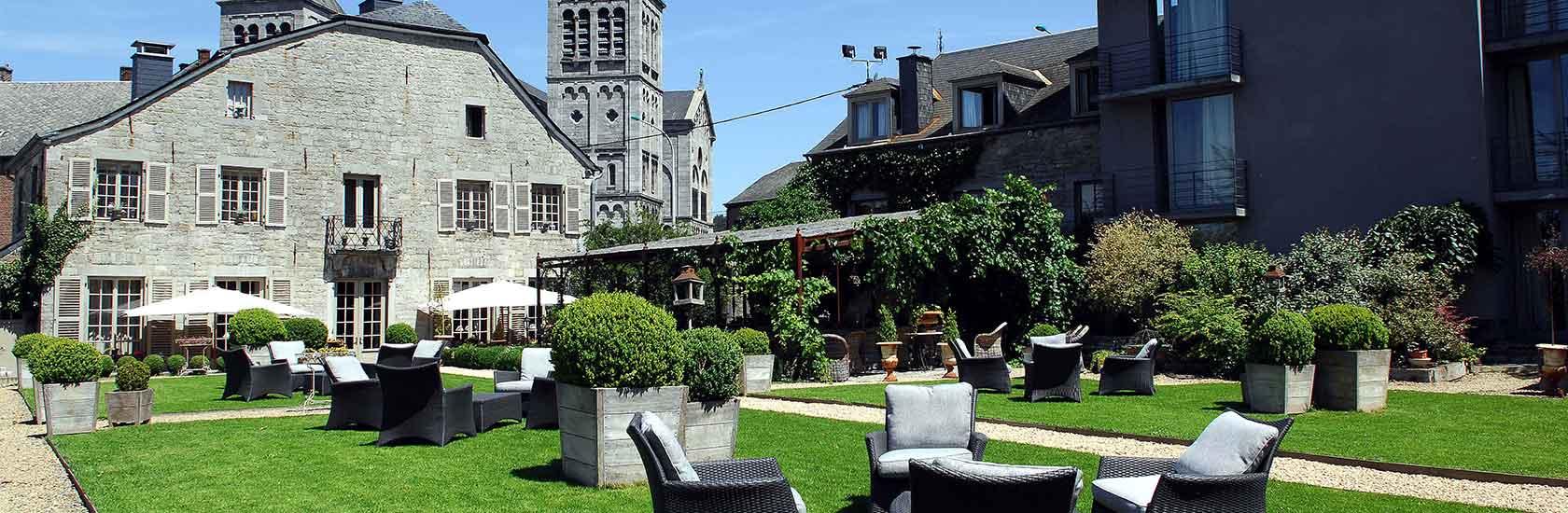 Hôtel/restaurant La Malle Poste/ La Calèche destiné Malle De Jardin
