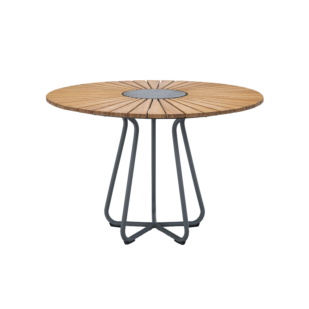 Houe – Circle Outdoor Table – Design Henrik Pedersen concernant Houe De Jardin