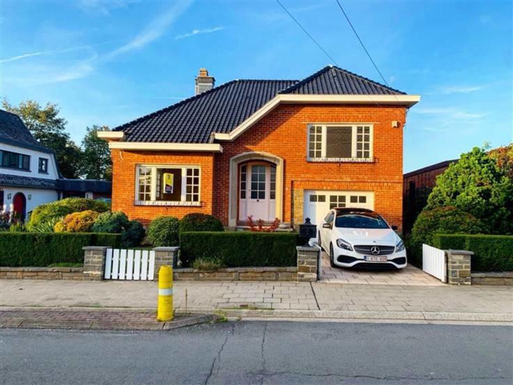 House 3 Rooms For Sale In Grâce-Hollogne (Belgium) - Ref ... serapportantà Salon De Jardin Cora