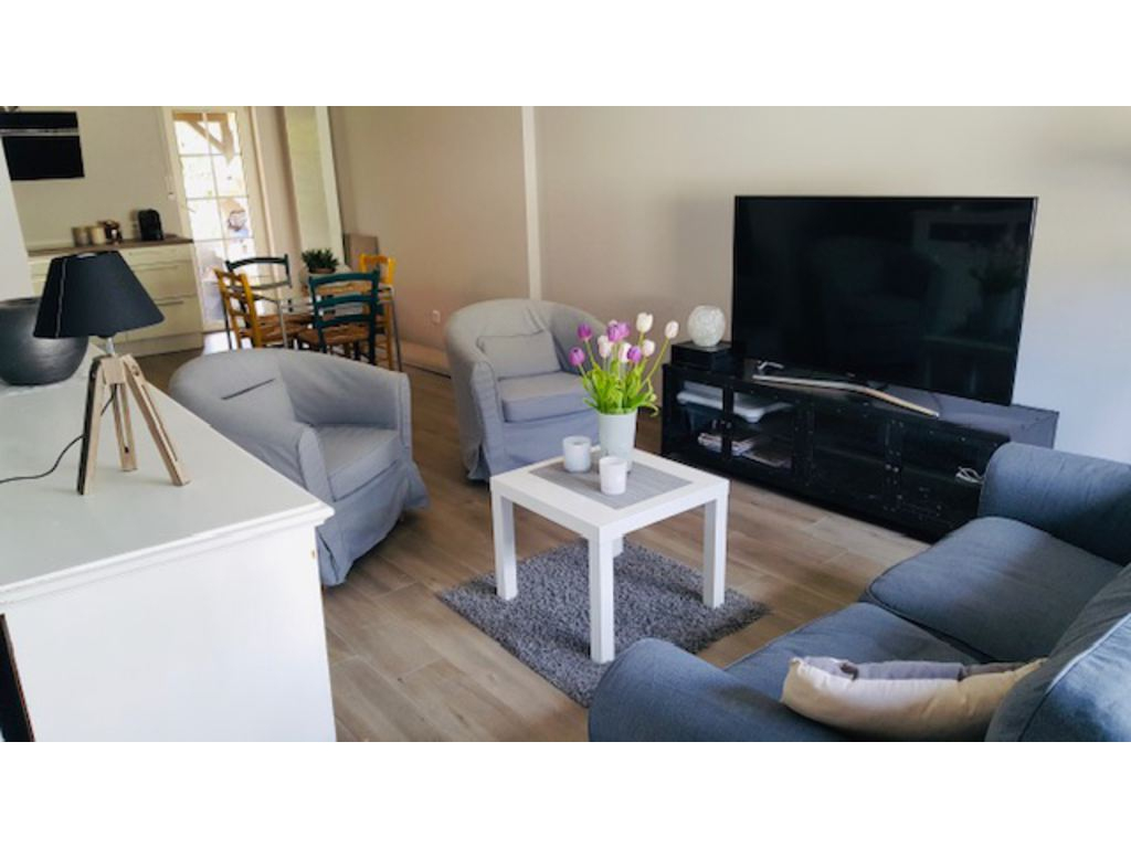 House 3 Rooms For Sale In Luxembourg-Dommeldange (Luxembourg ... dedans Auchan Table De Jardin