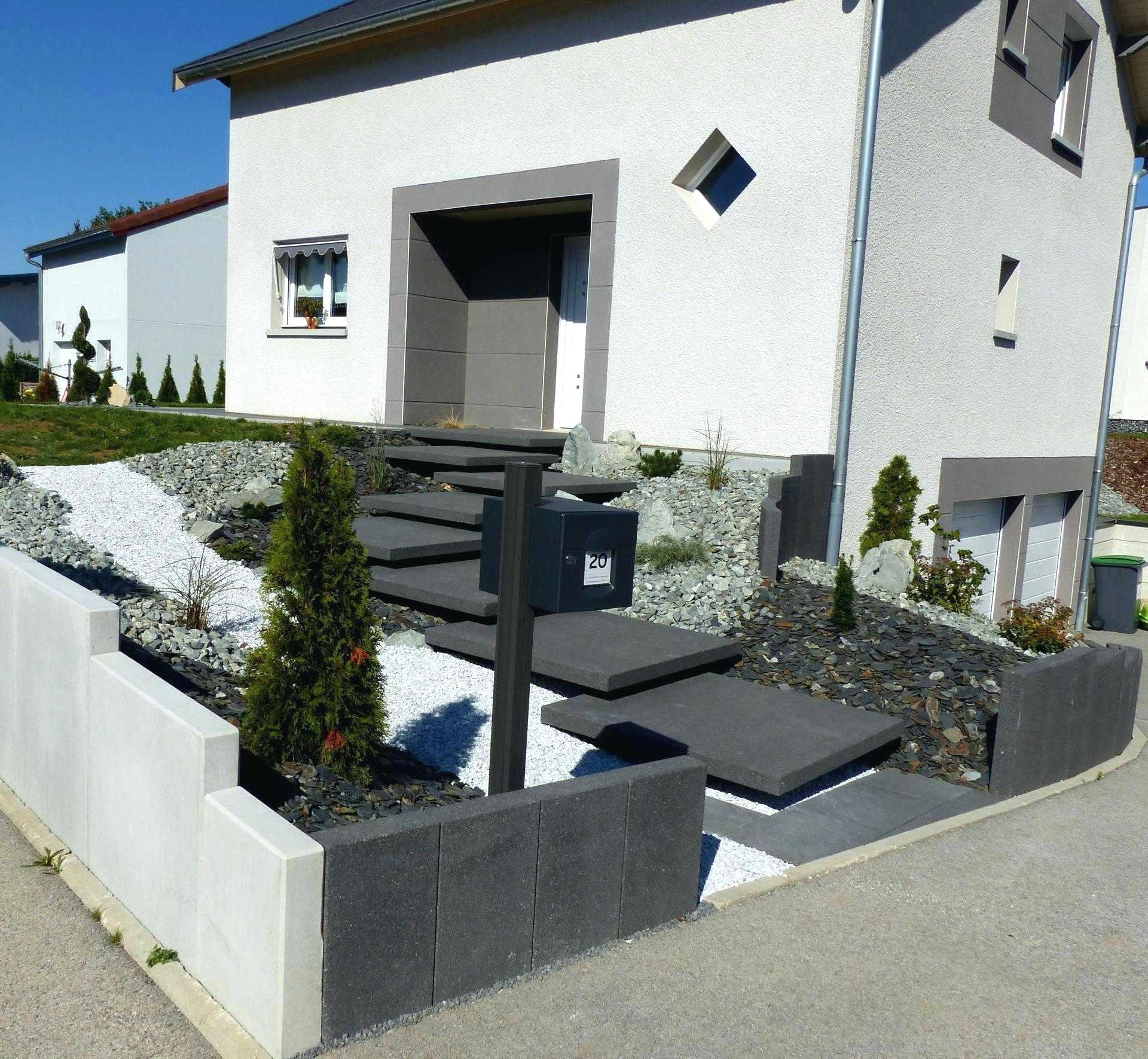 Idee Amenagement Jardin Devant Maison tout Aménagement Entrée Jardin